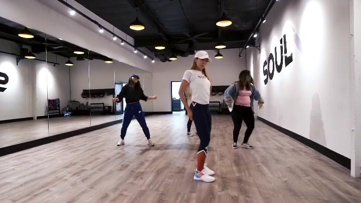 KPOP DANCE with Jamie Kim