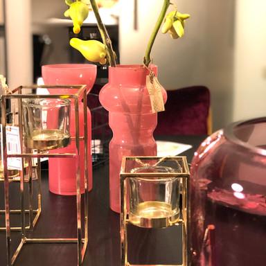Für jede Schönheit die passende Vase.