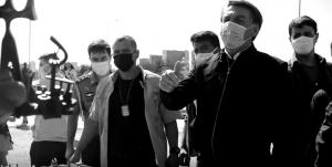 Brasil: Bolsonaro continúa con ataques violentos contra periodistas