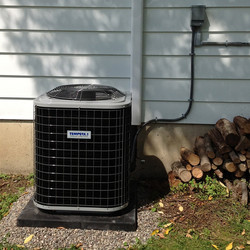 TEMPSTAR   Air Conditioning Unit