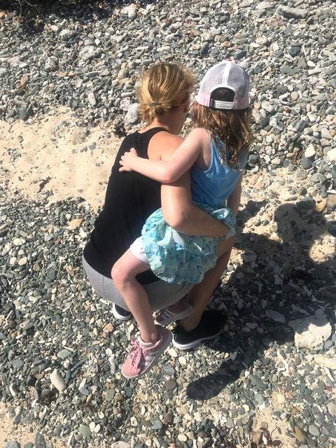 Jenn & Hadley Pick Sea Shells