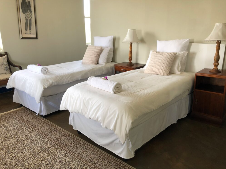 Guest Lodge Rooms
