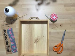 DIY: Estanterias con cajas de vino