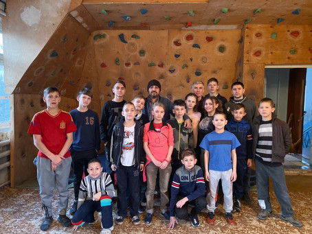 30.12.19 посетил школу-интернат на Донбассе