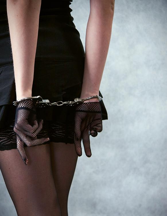 Девушки со связанными за спиной руками фото, смотреть онлайн итальянское порно ххх