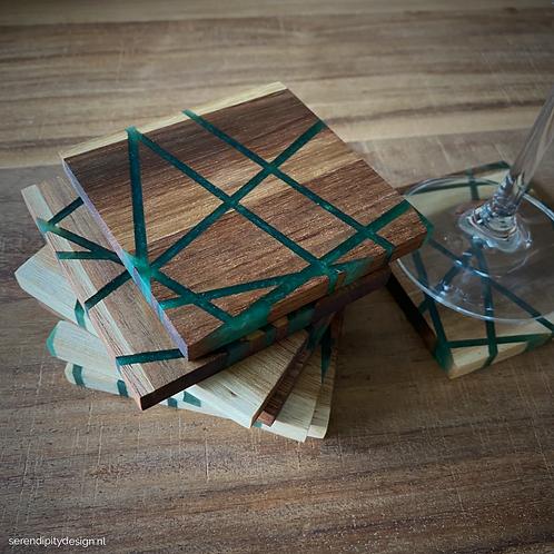 Geometrisch en houten onderzetters