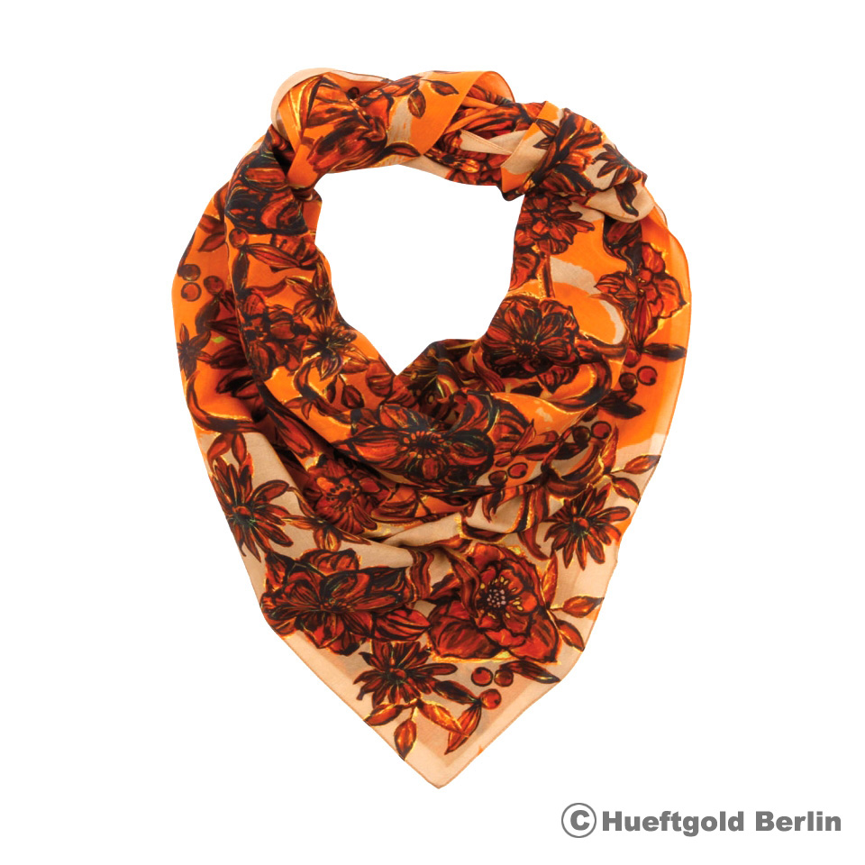 huftgold AW 14, scarf