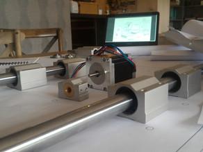 L'équipe BoostFactory réussit le pari de construire une machine-outil dans un salon pour moins d