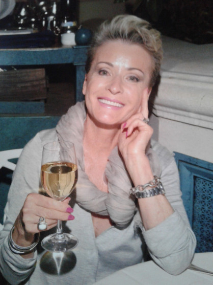 Vivianne Knebel details her journey From Rubble to Champagne in her memoir about gratitude, resilien