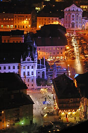 Festively_illuminated_city_5_D.Wedam__25
