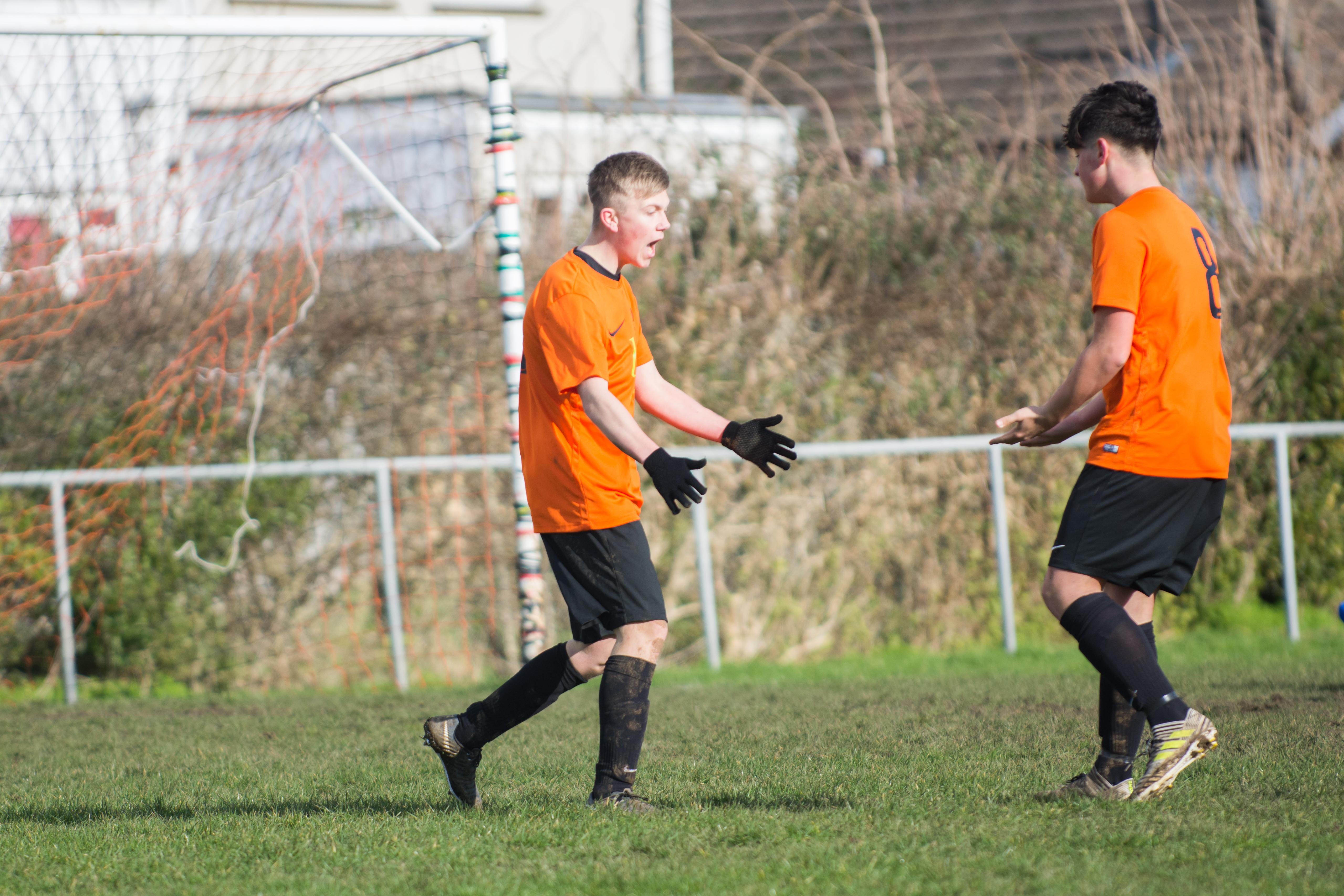 Mile Oak FC U18s vs Newhaven FC U18s 04.02.18 24