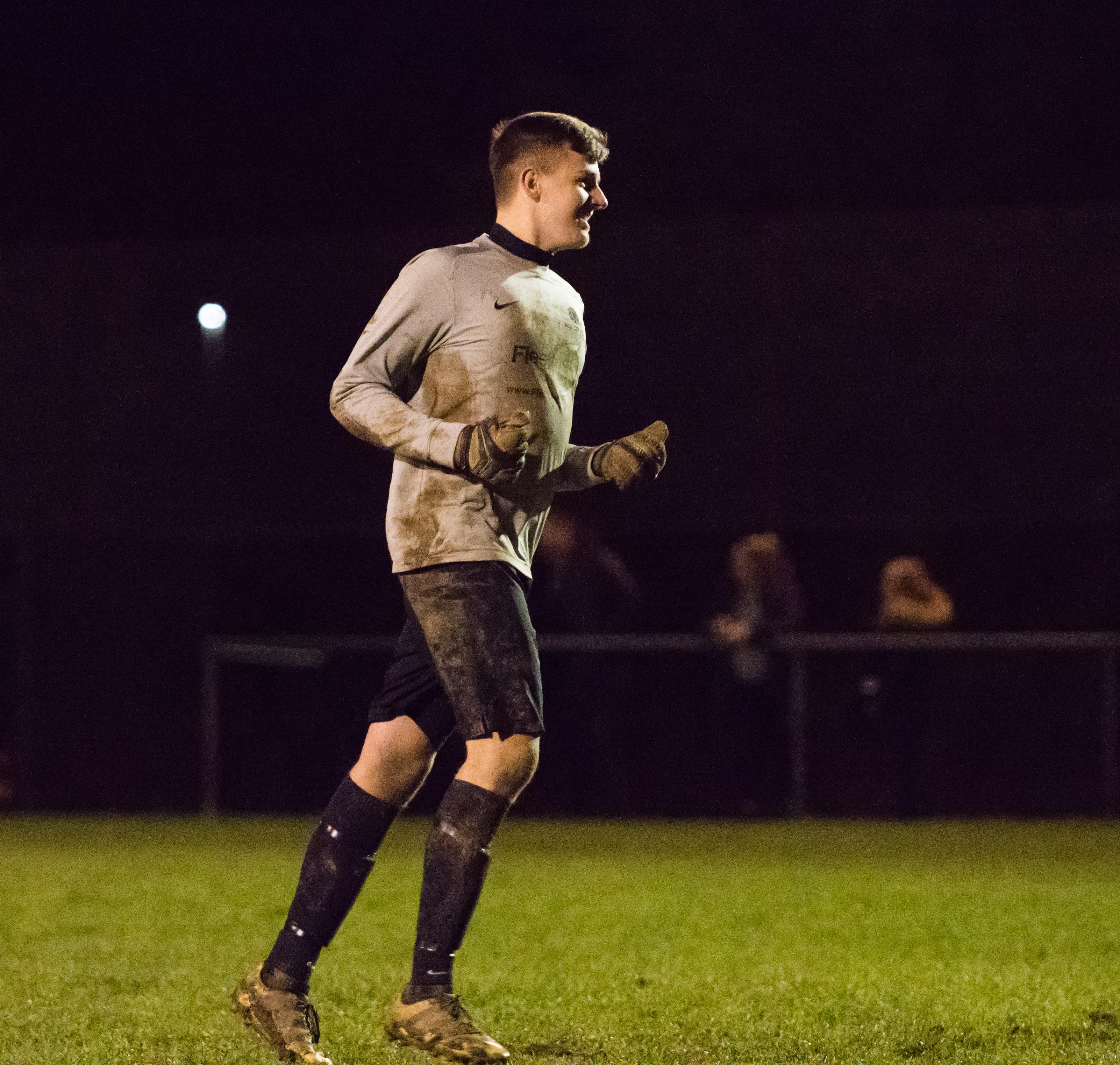 Mile Oak U21s vs Southwick FC U21s 14.12.17 29