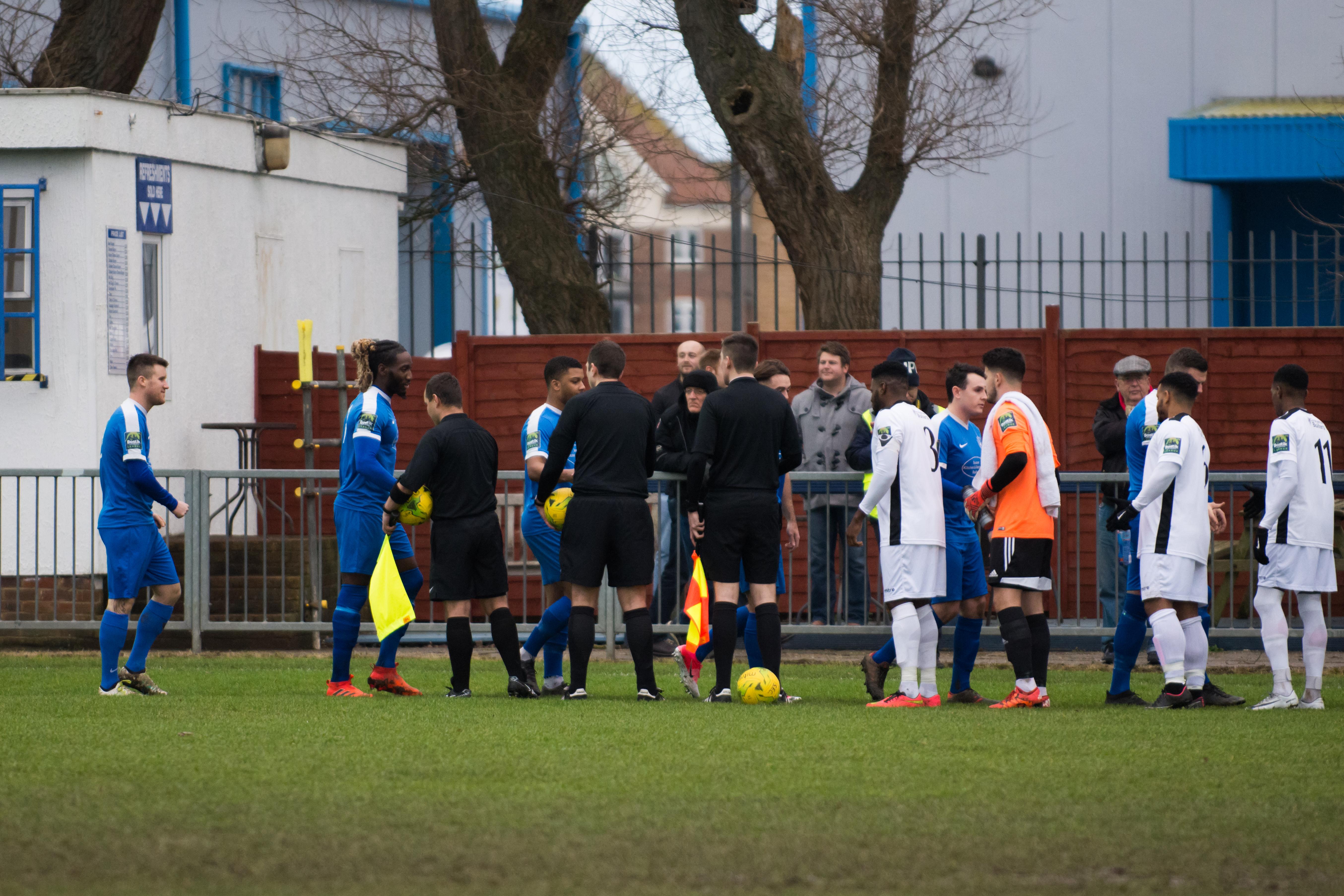 Shoreham FC vs Carshalton Ath 23.12.17 38
