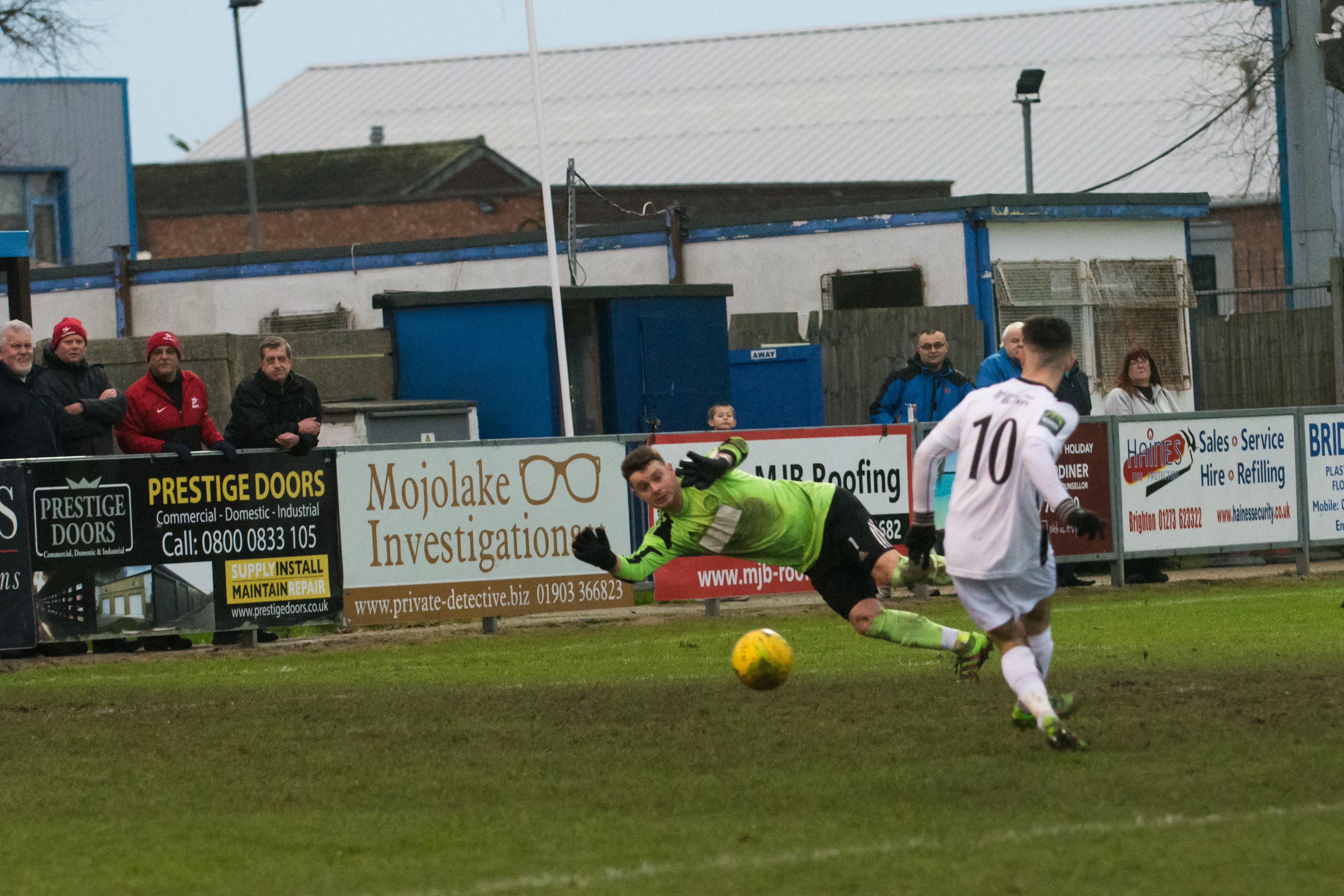Shoreham FC vs Carshalton Ath 23.12.17 86