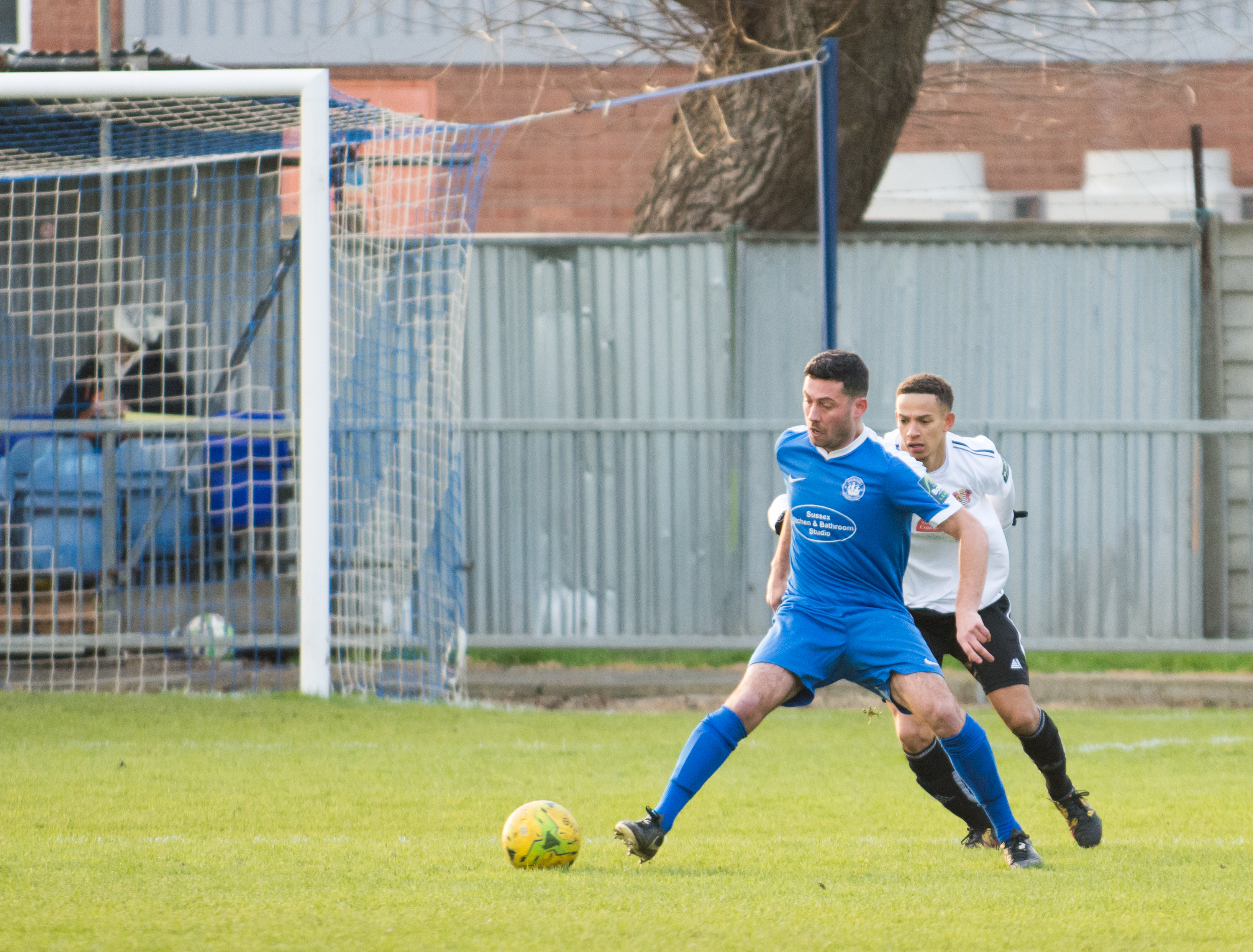 Shoreham FC vs Molesey FC 02.12.17 52