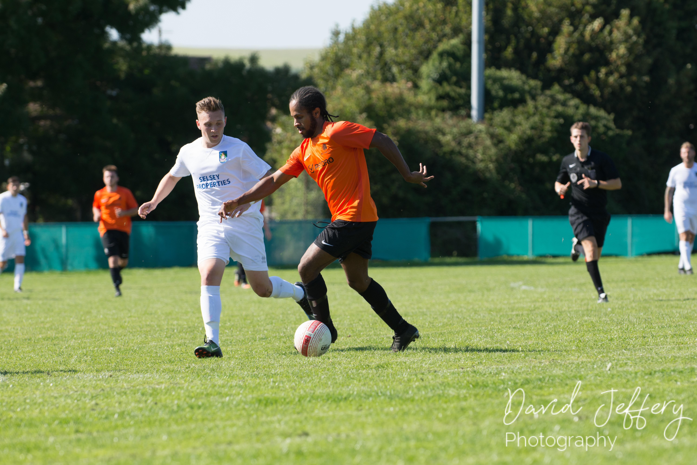 DAVID_JEFFERY MOFC vs Selsey 01.09