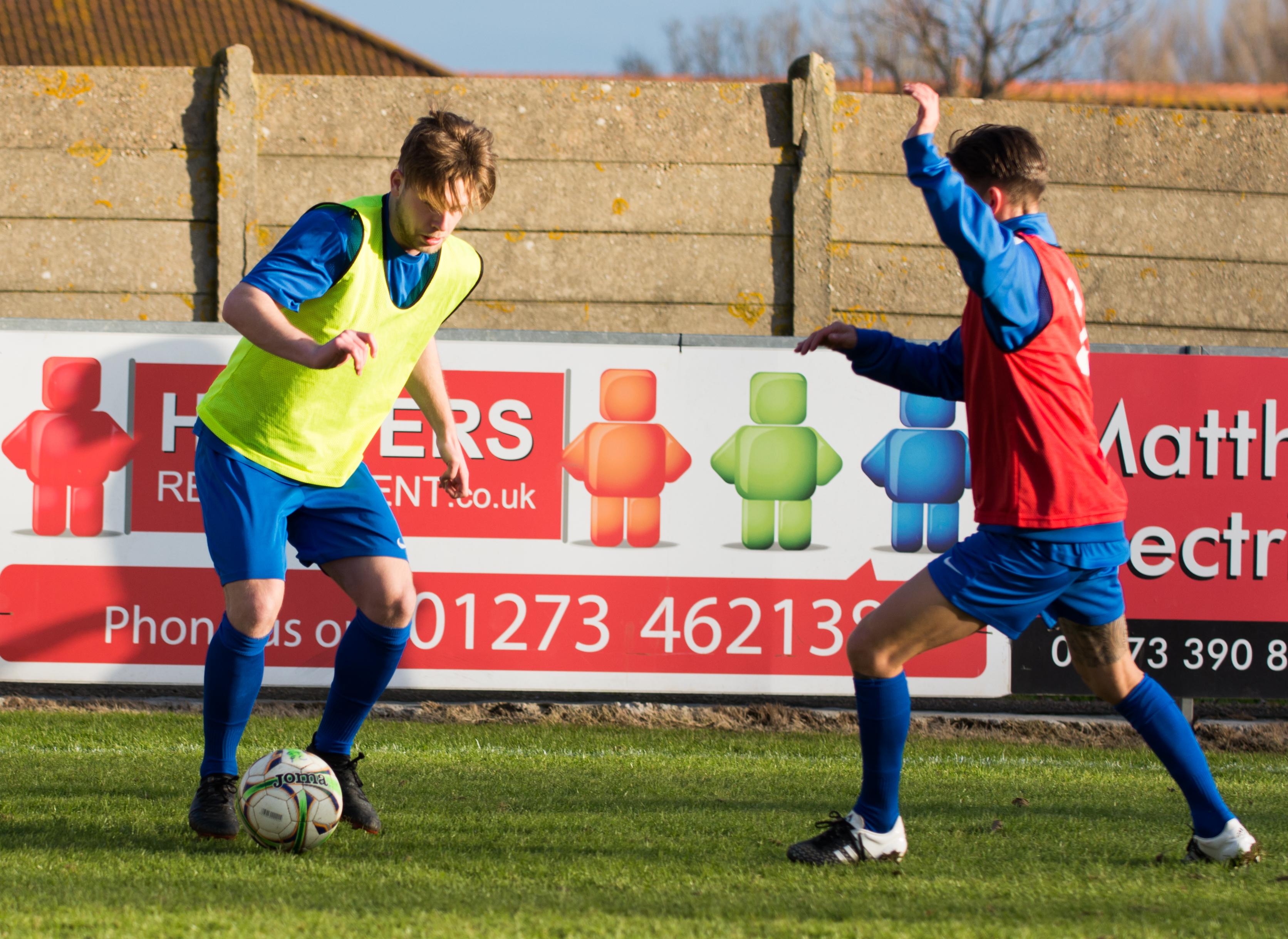 Shoreham FC vs Molesey FC 02.12.17 10