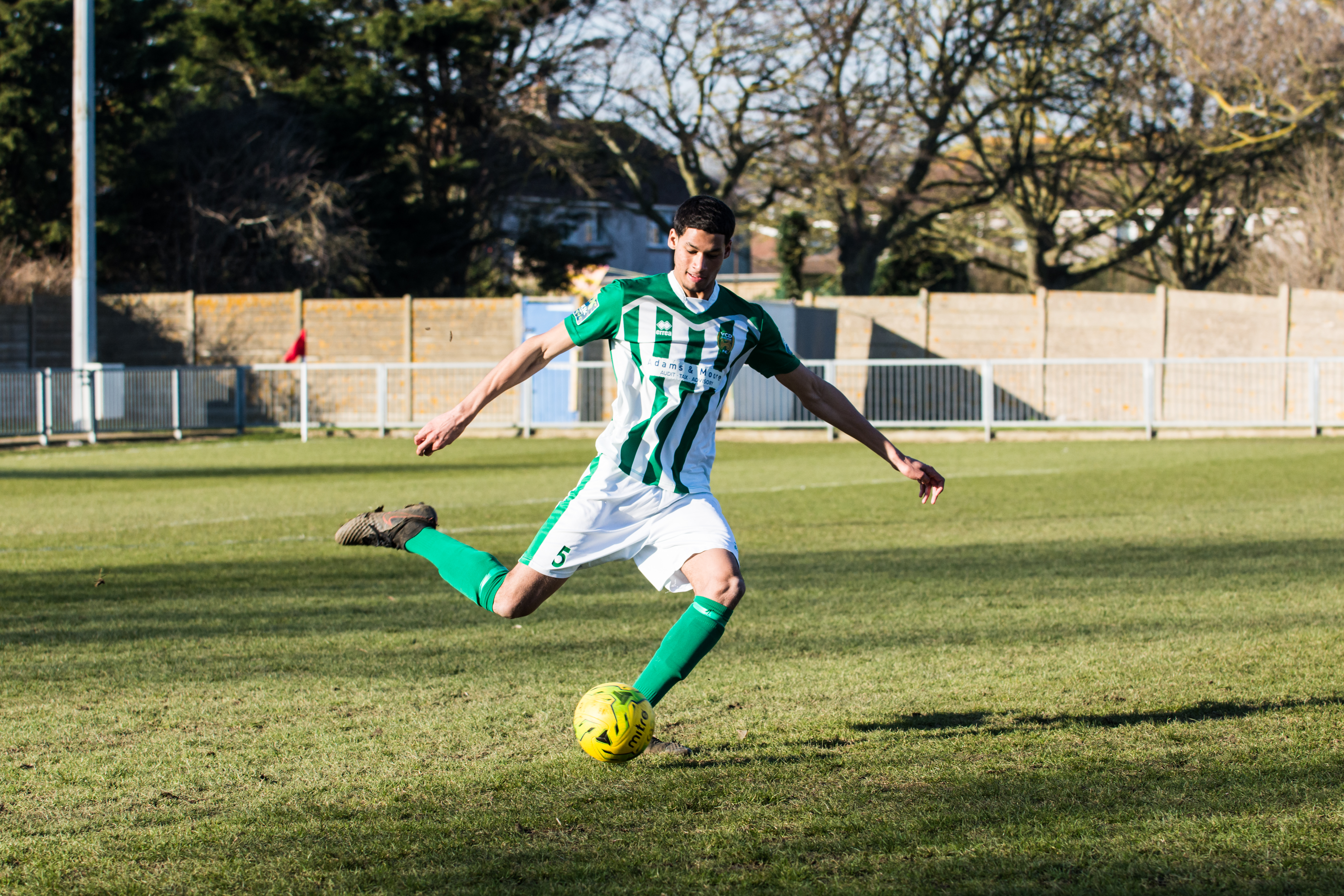 Shoreham FC vs VCD Athletic FC 24.02.18 36 DAVID_JEFFERY