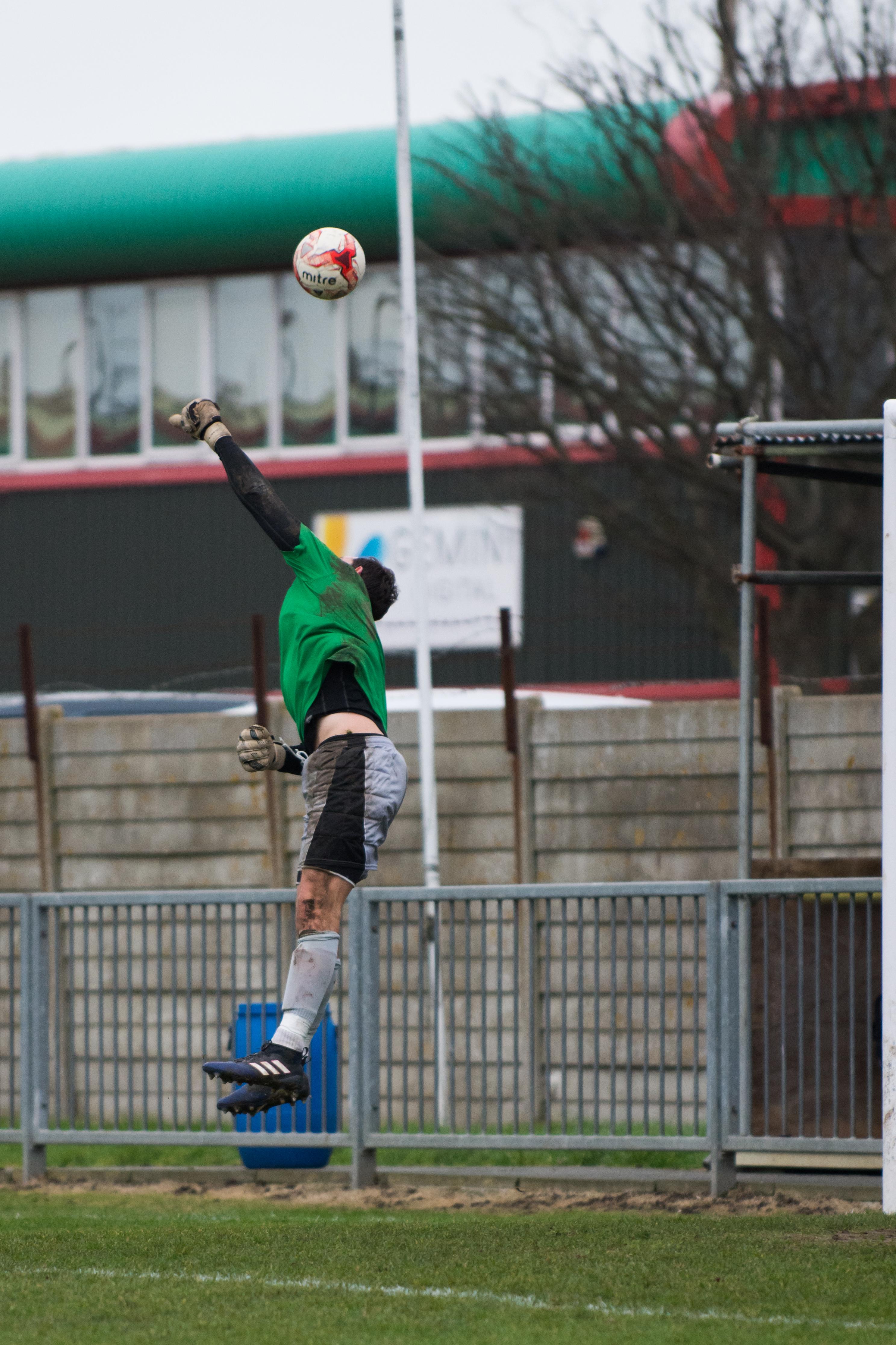 Shoreham FC vs Phoenix Sports 13.01.18 10