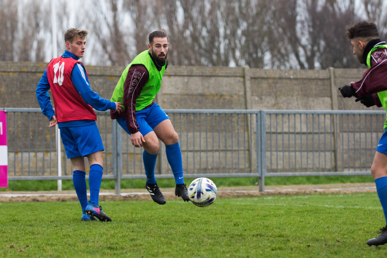 Shoreham FC vs Phoenix Sports 13.01.18 05