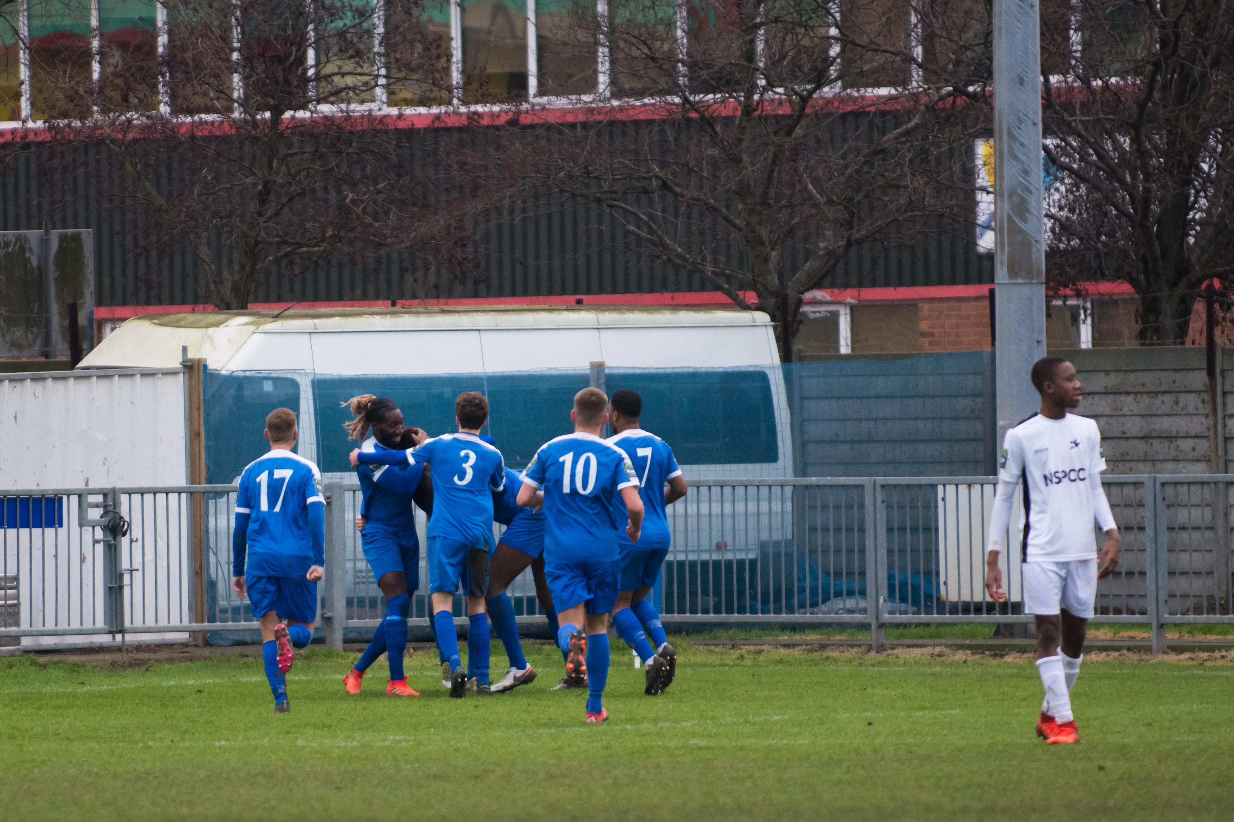 Shoreham FC vs Carshalton Ath 23.12.17 69