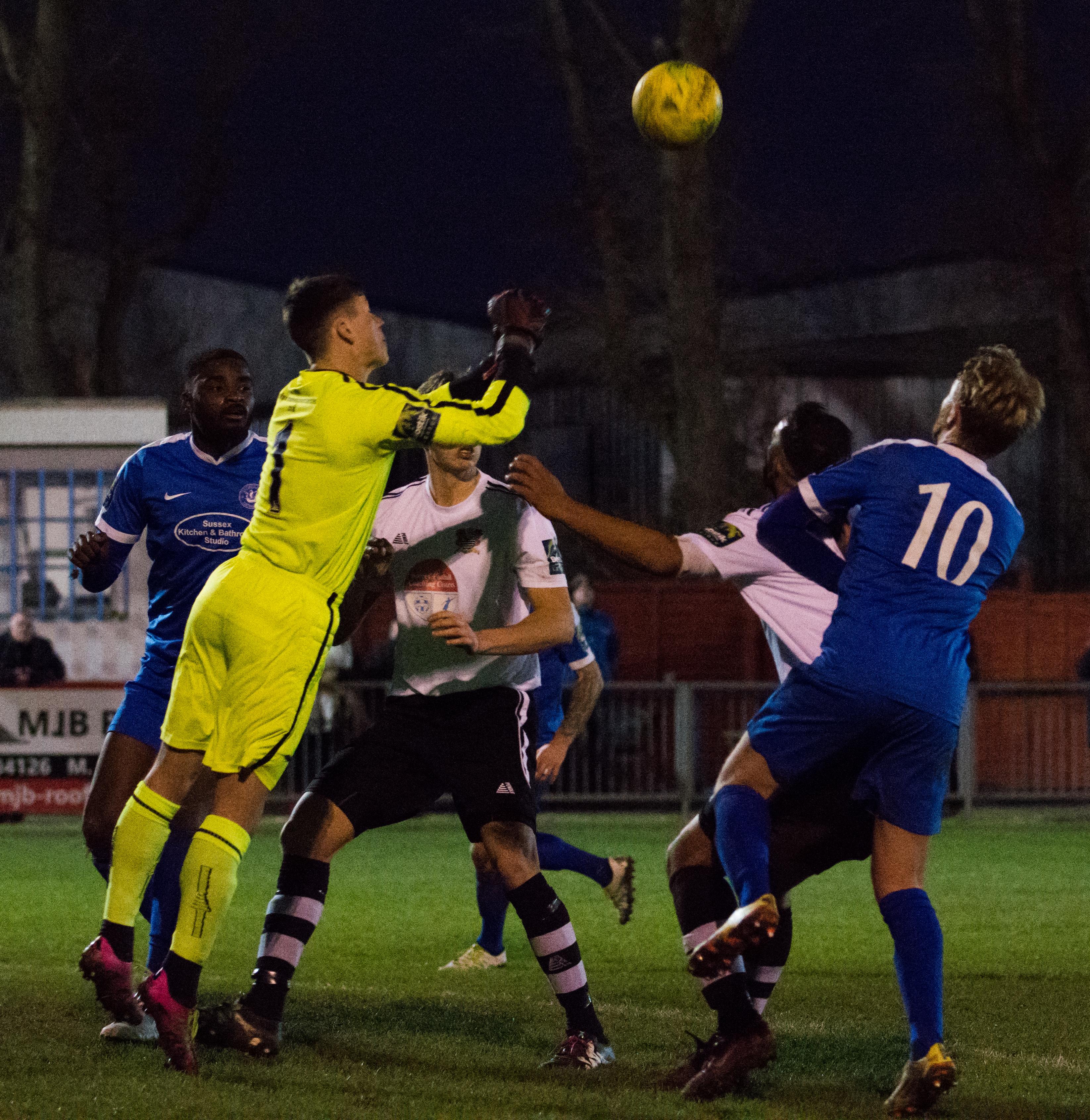 Shoreham FC vs Molesey FC 02.12.17 98
