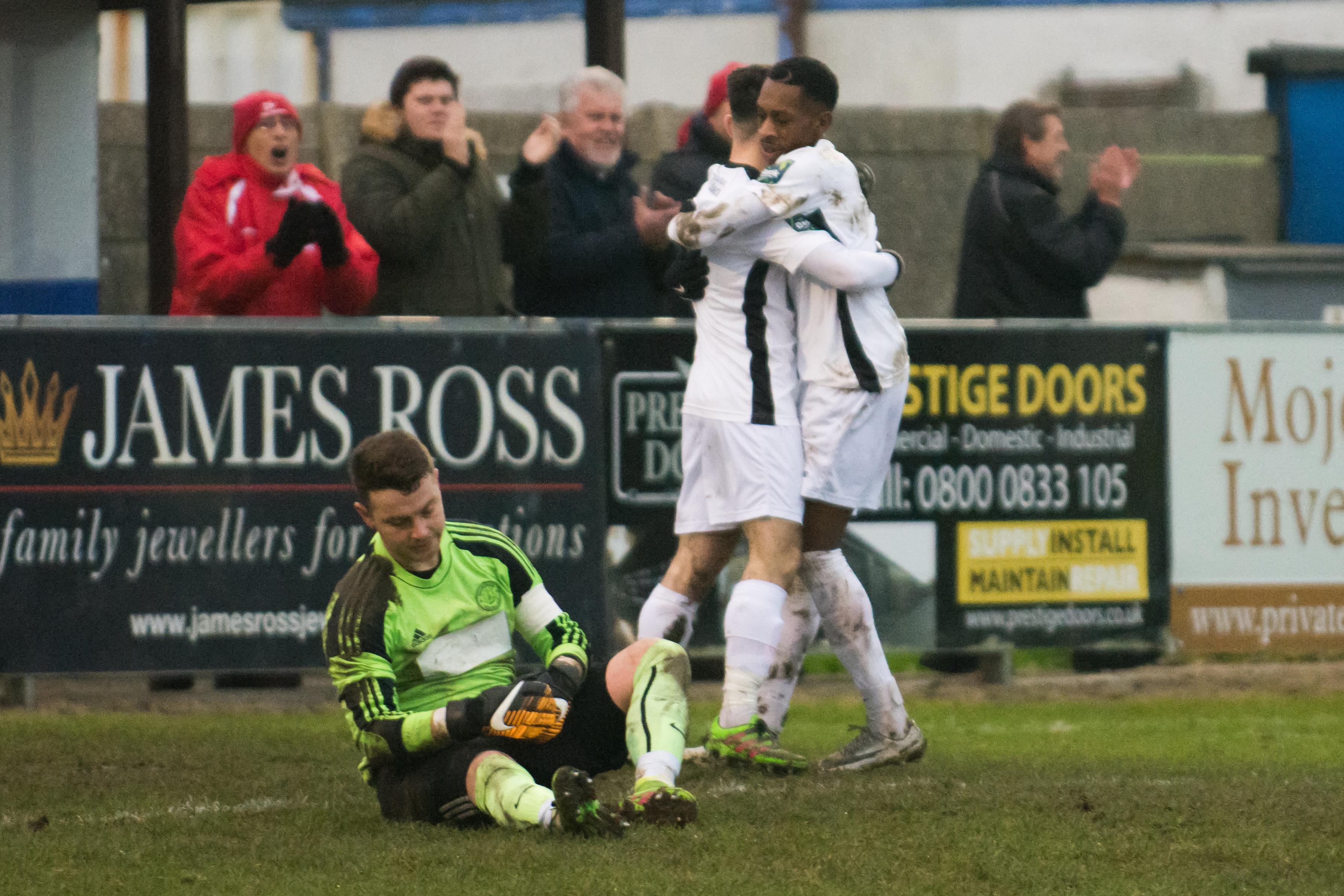 Shoreham FC vs Carshalton Ath 23.12.17 89