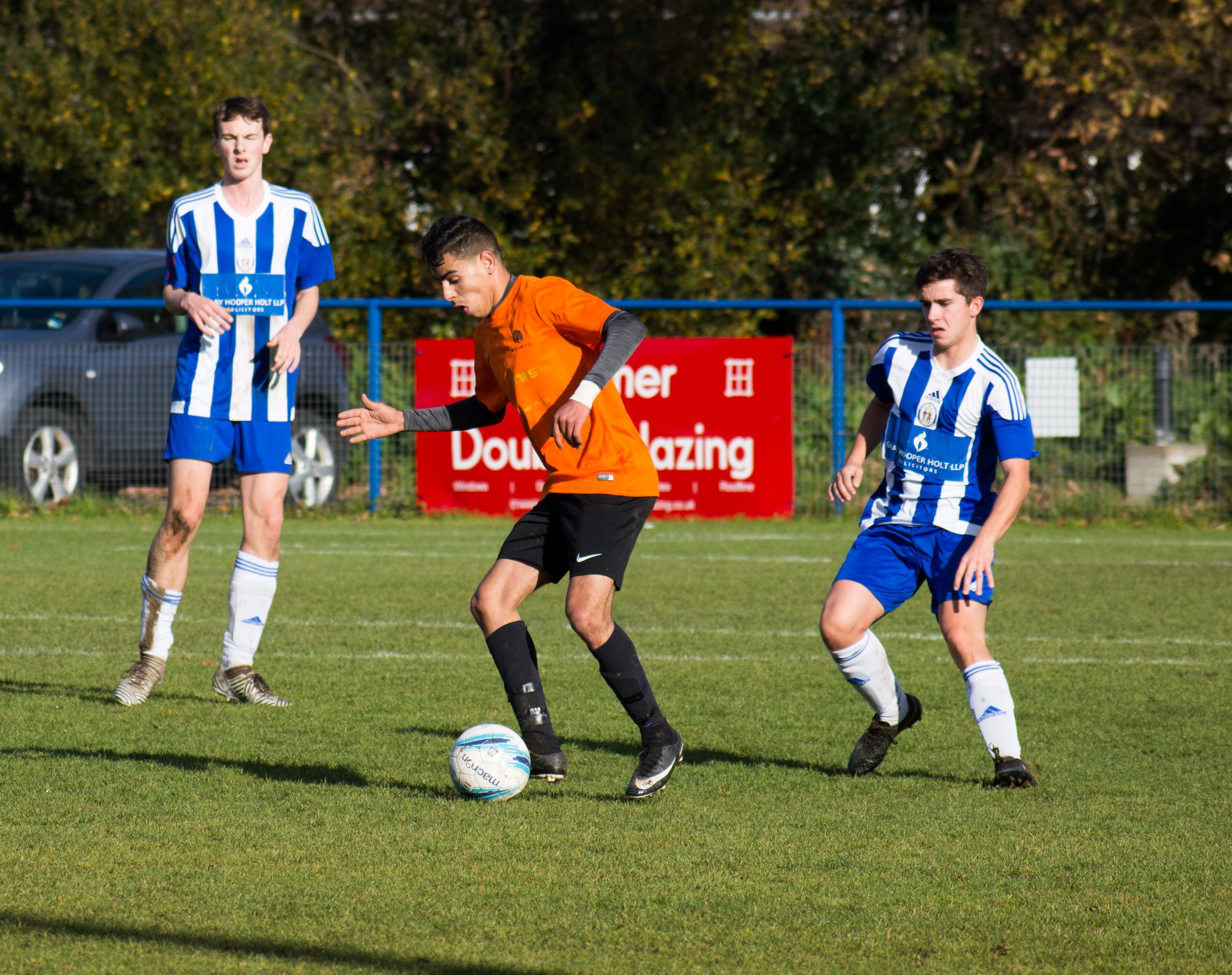 Mile Oak U18s vs Haywards Heath U18s 19.11.17 23