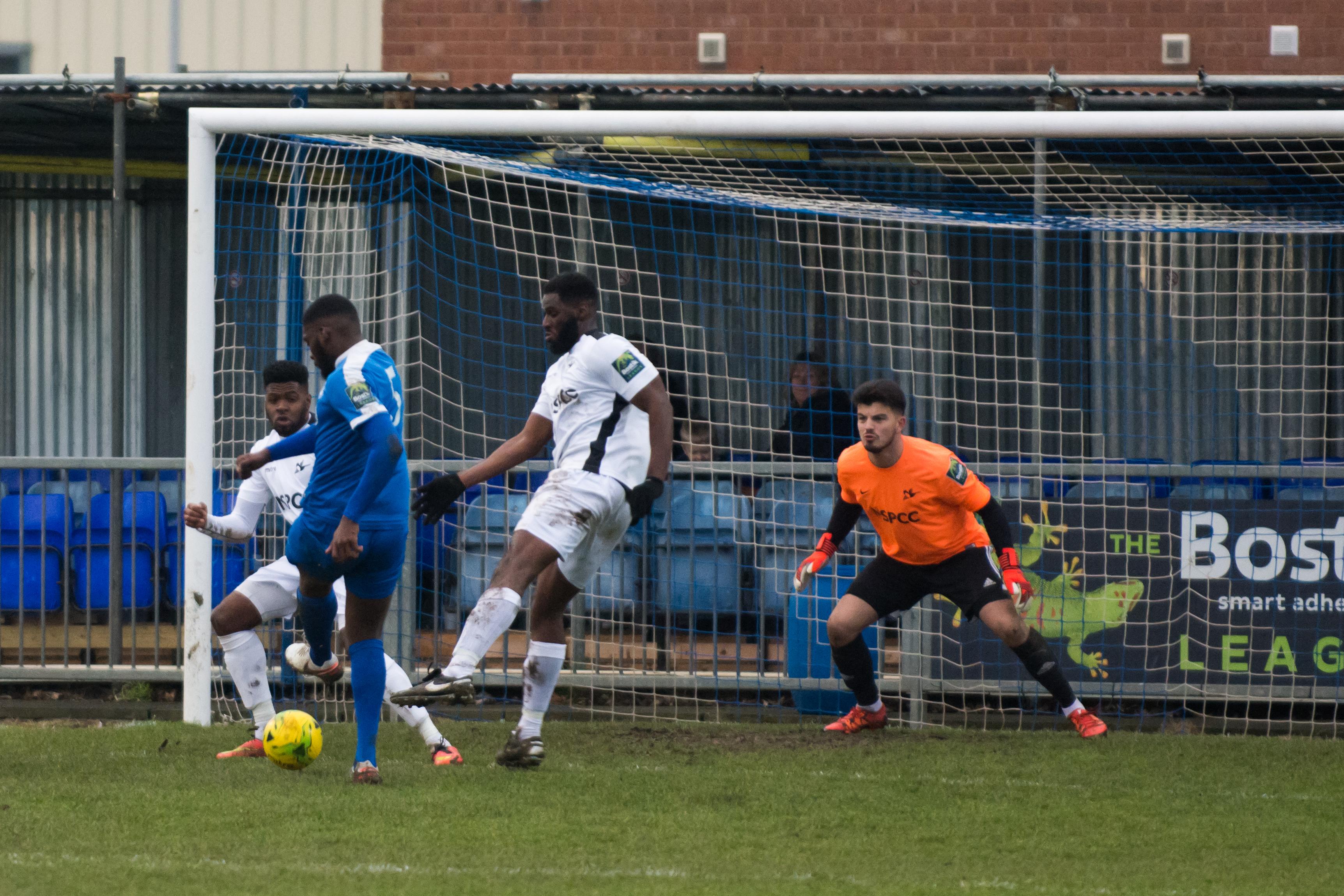 Shoreham FC vs Carshalton Ath 23.12.17 71