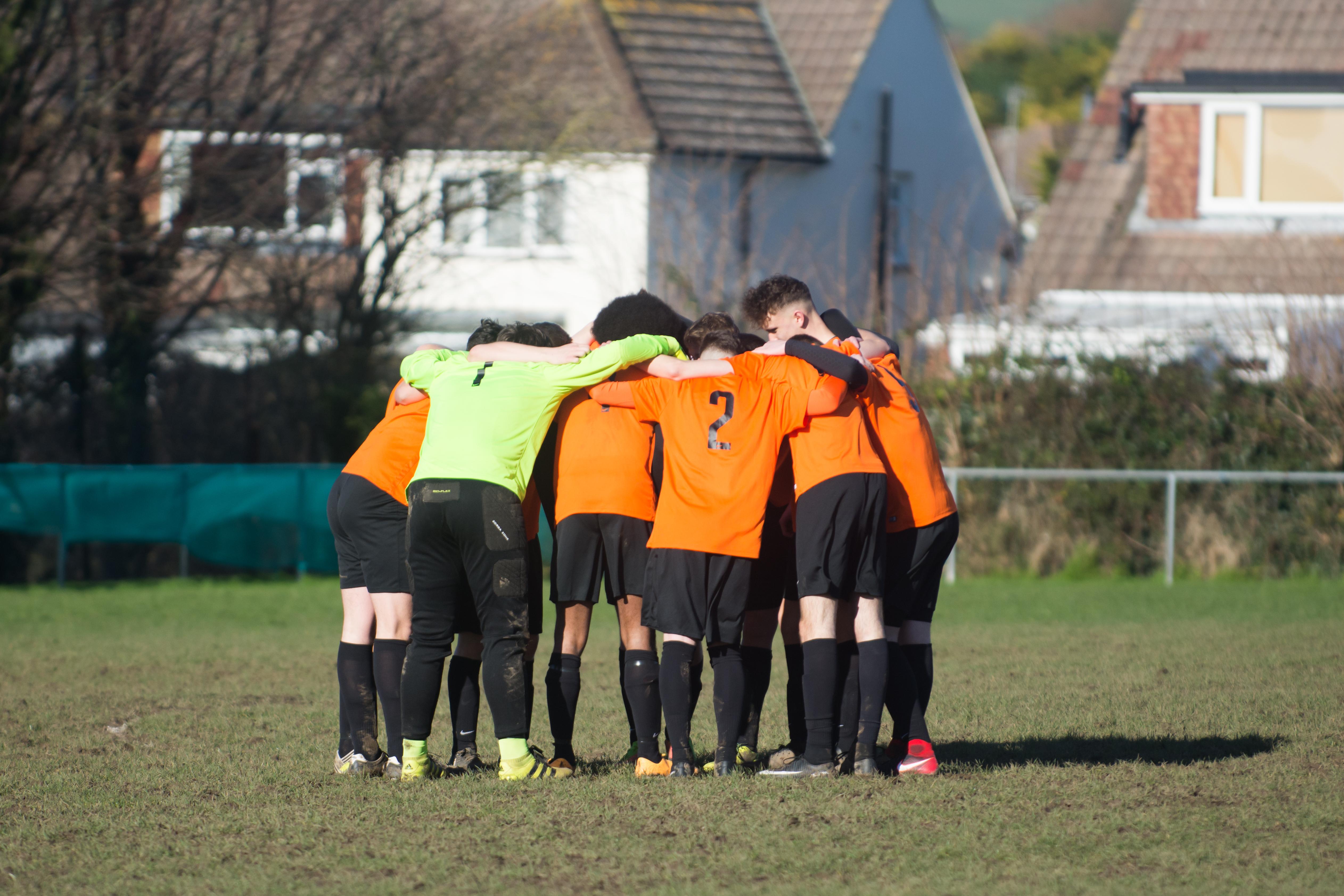Mile Oak FC U18s vs Newhaven FC U18s 04.02.18 01