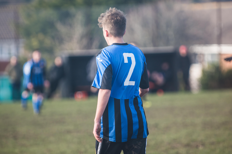 Mile Oak FC U18s vs Newhaven FC U18s 04.02.18 35