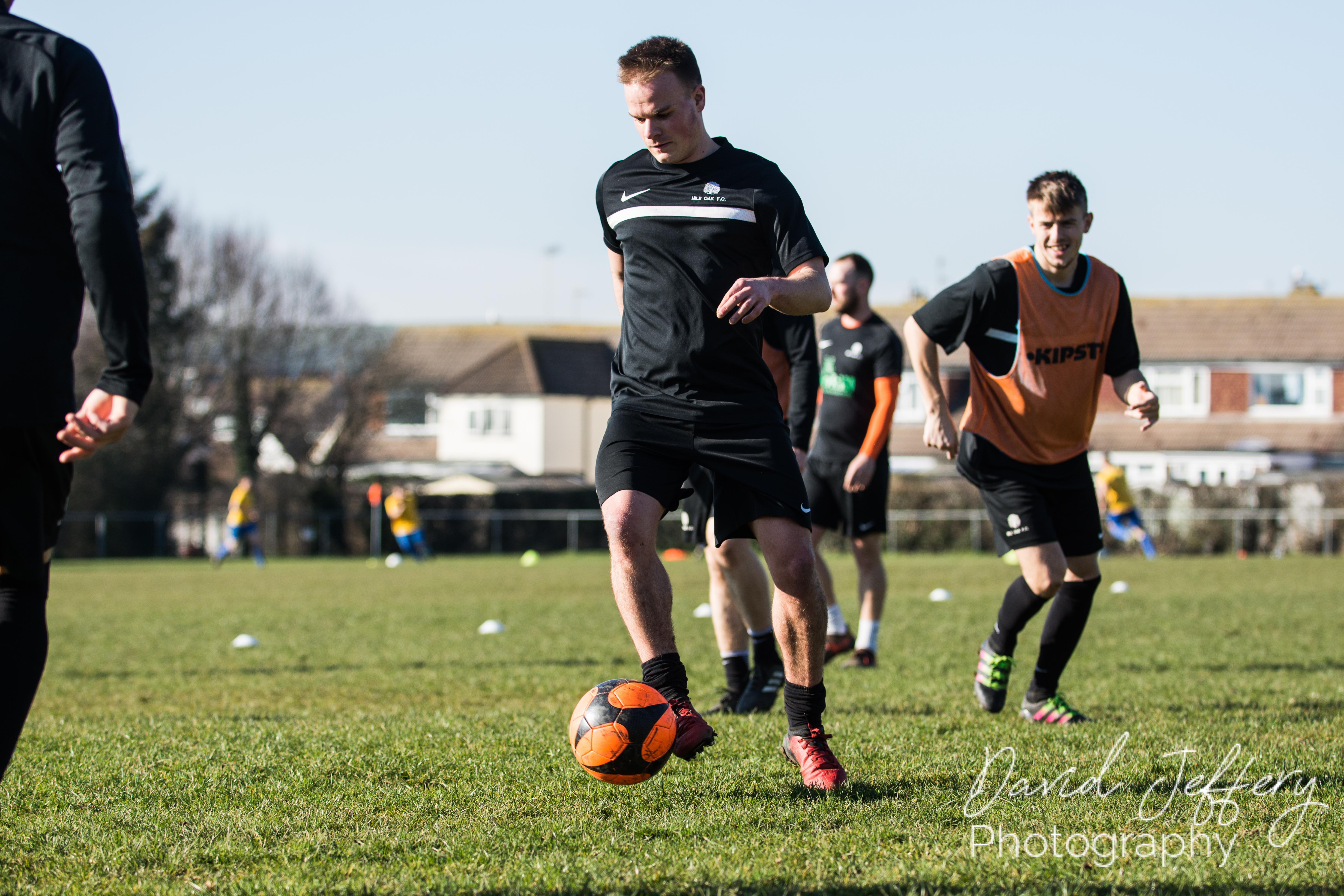 DAVID_JEFFERY MOFC vs Storrington 004