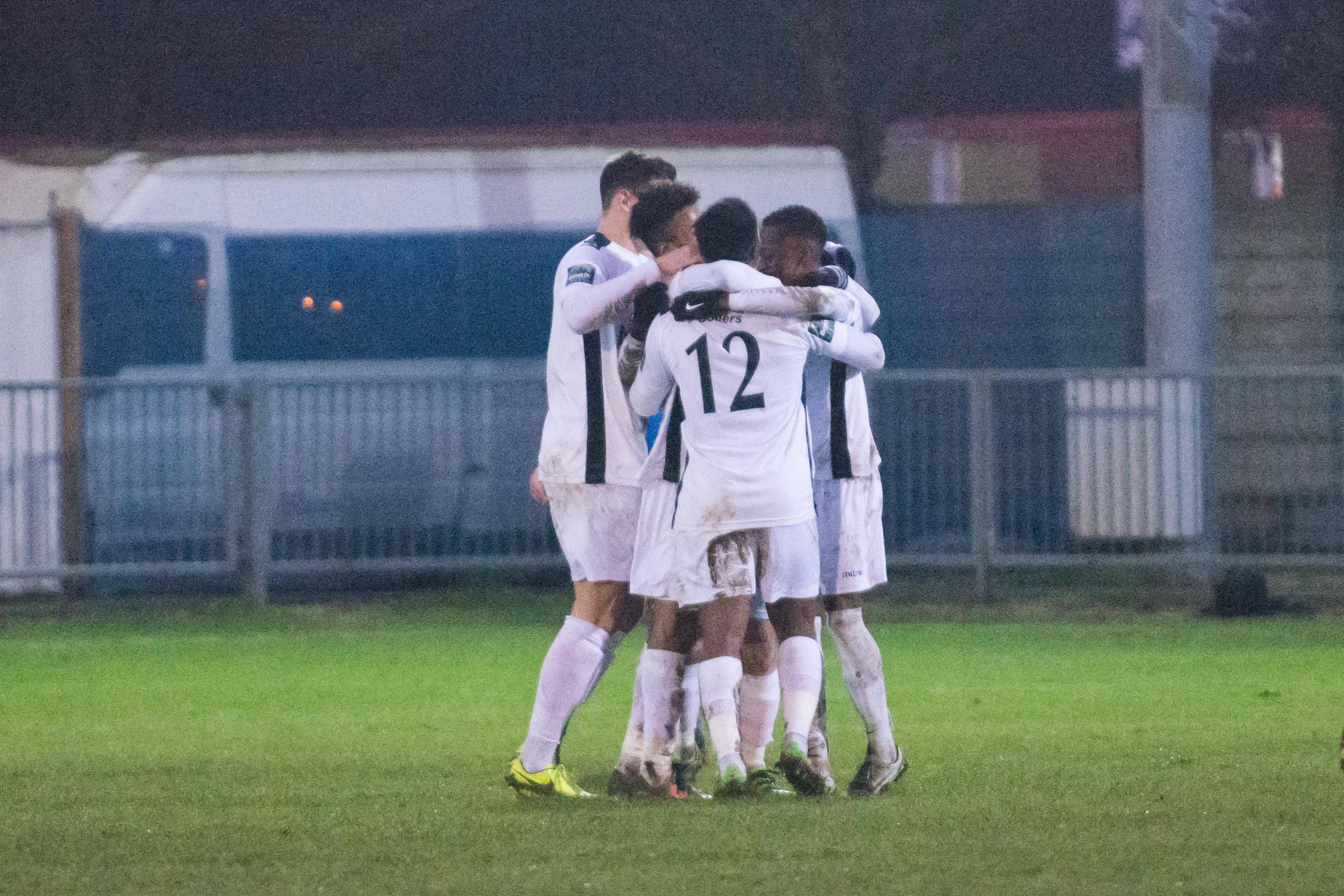 Shoreham FC vs Carshalton Ath 23.12.17 102