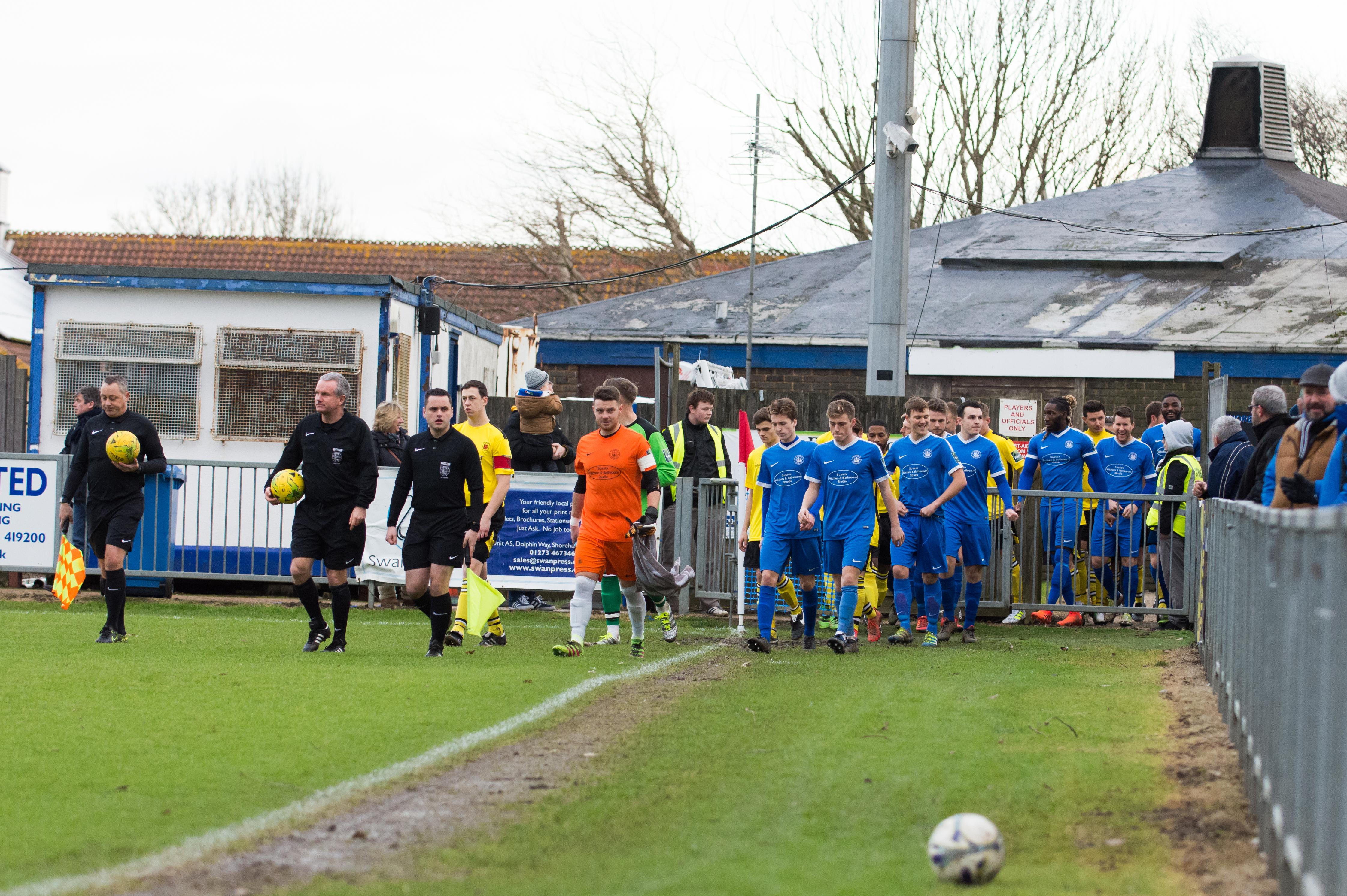 Shoreham FC vs Faversham Town 16.12.17 21
