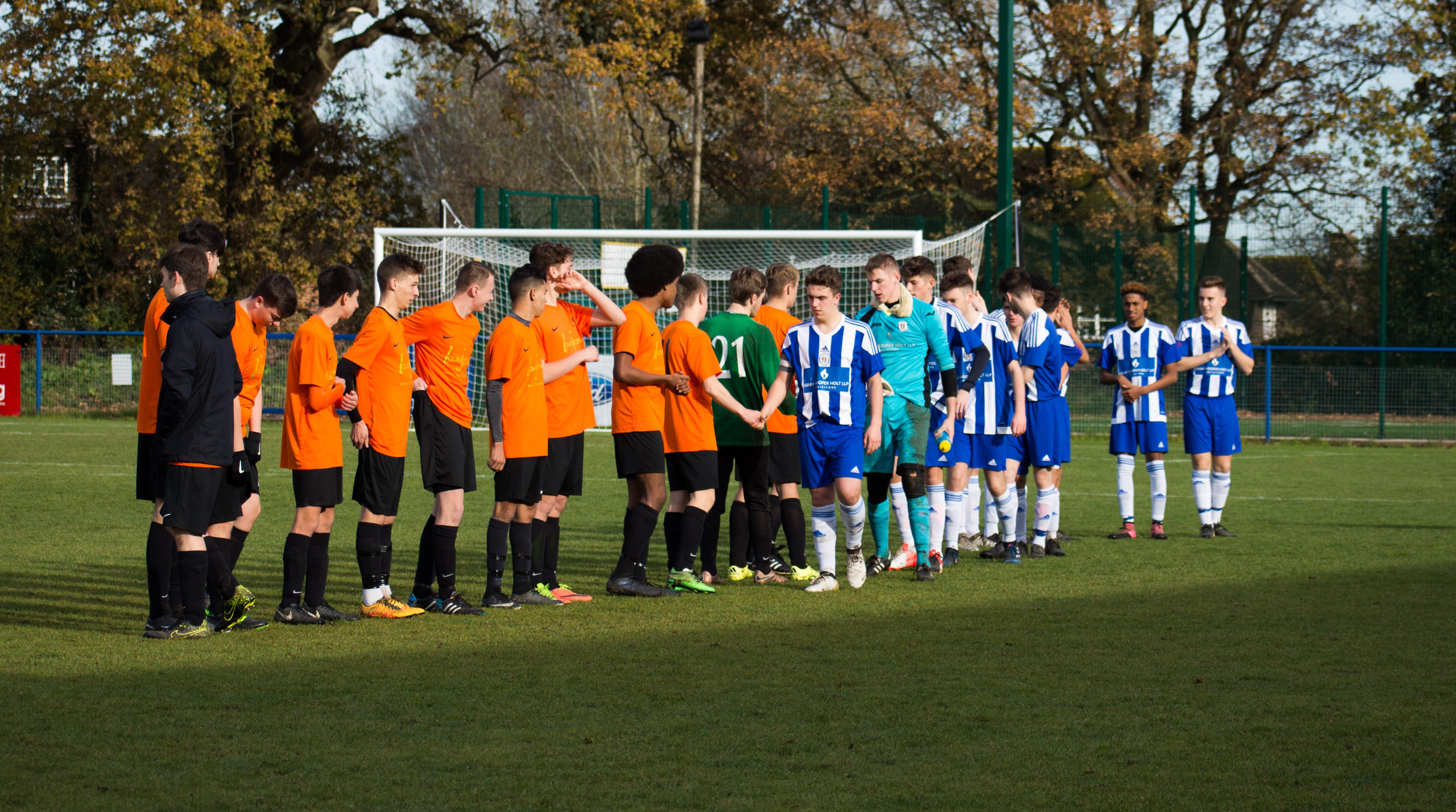 Mile Oak U18s vs Haywards Heath U18s 19.11.17 01