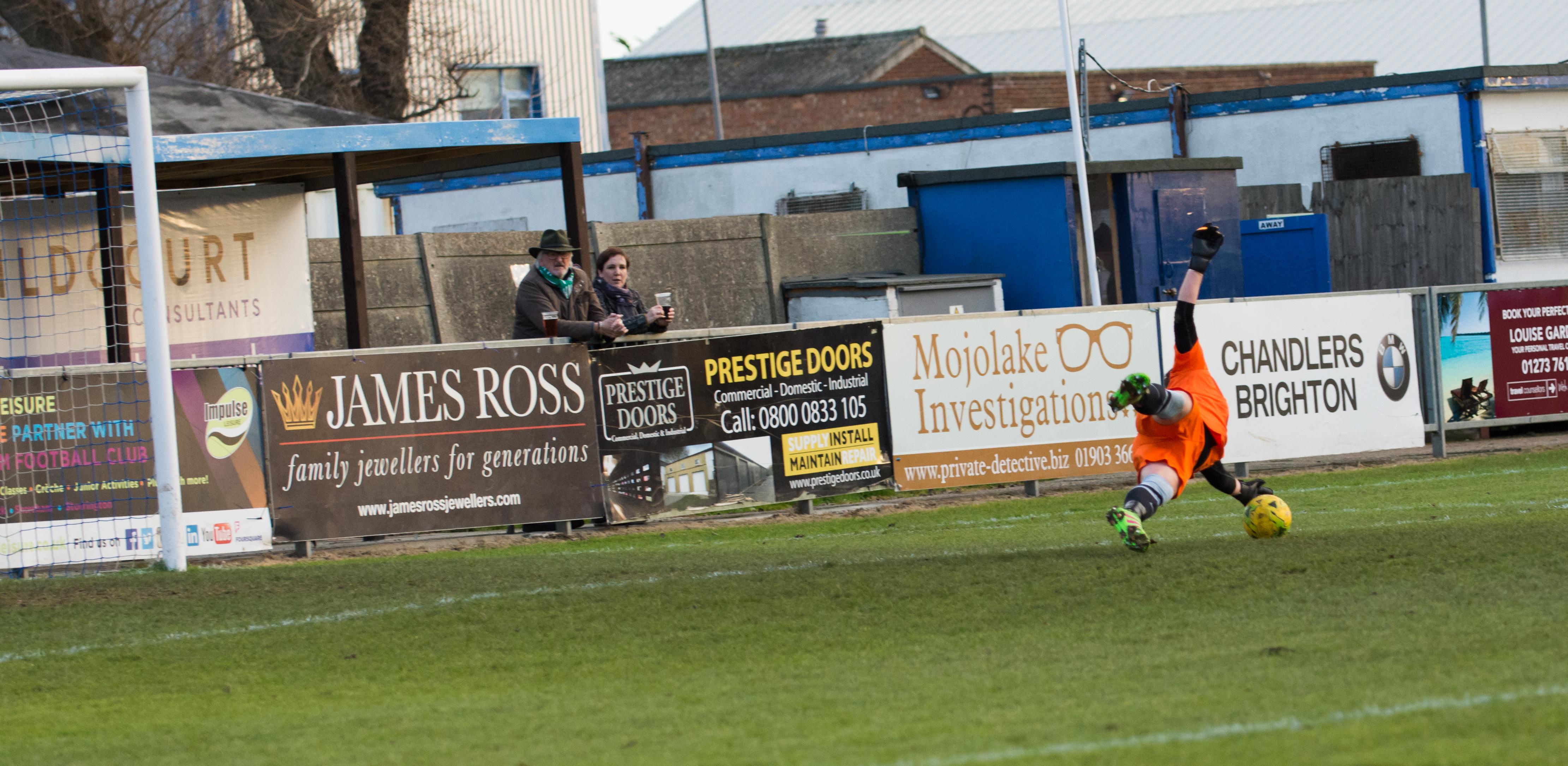 Shoreham FC vs Molesey FC 02.12.17 46