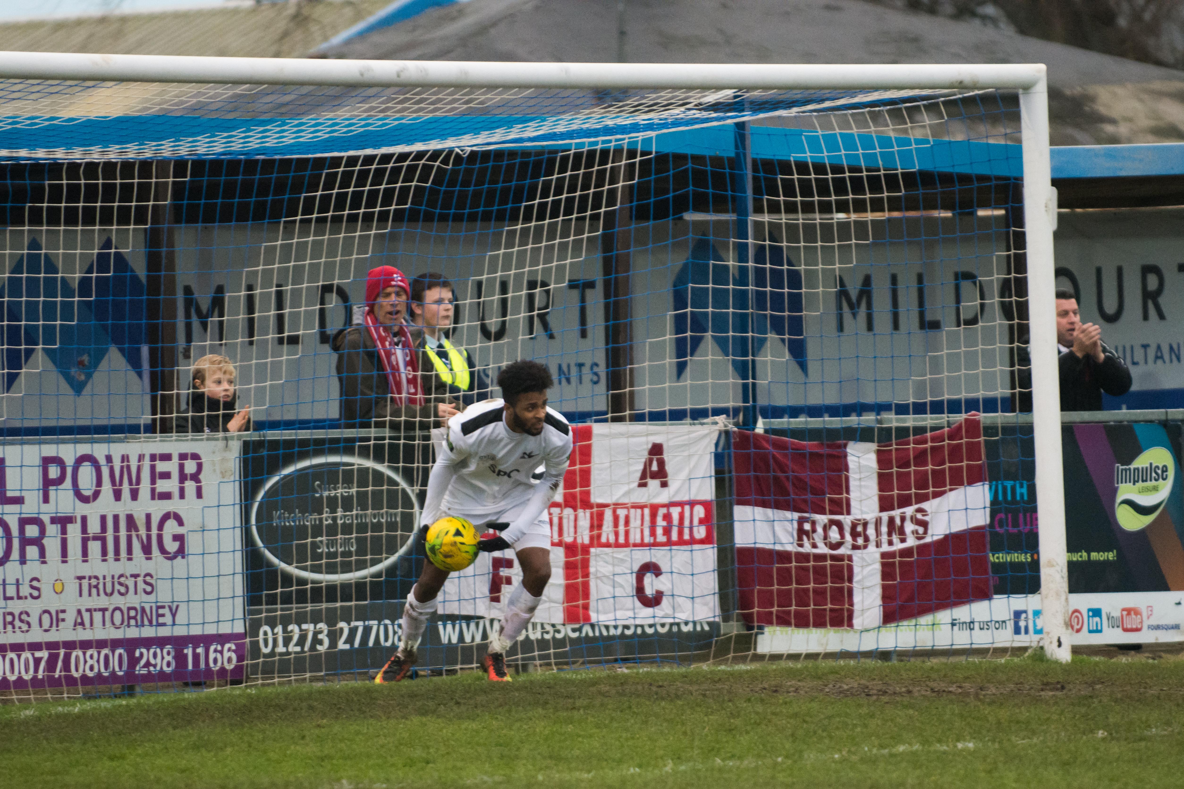 Shoreham FC vs Carshalton Ath 23.12.17 78