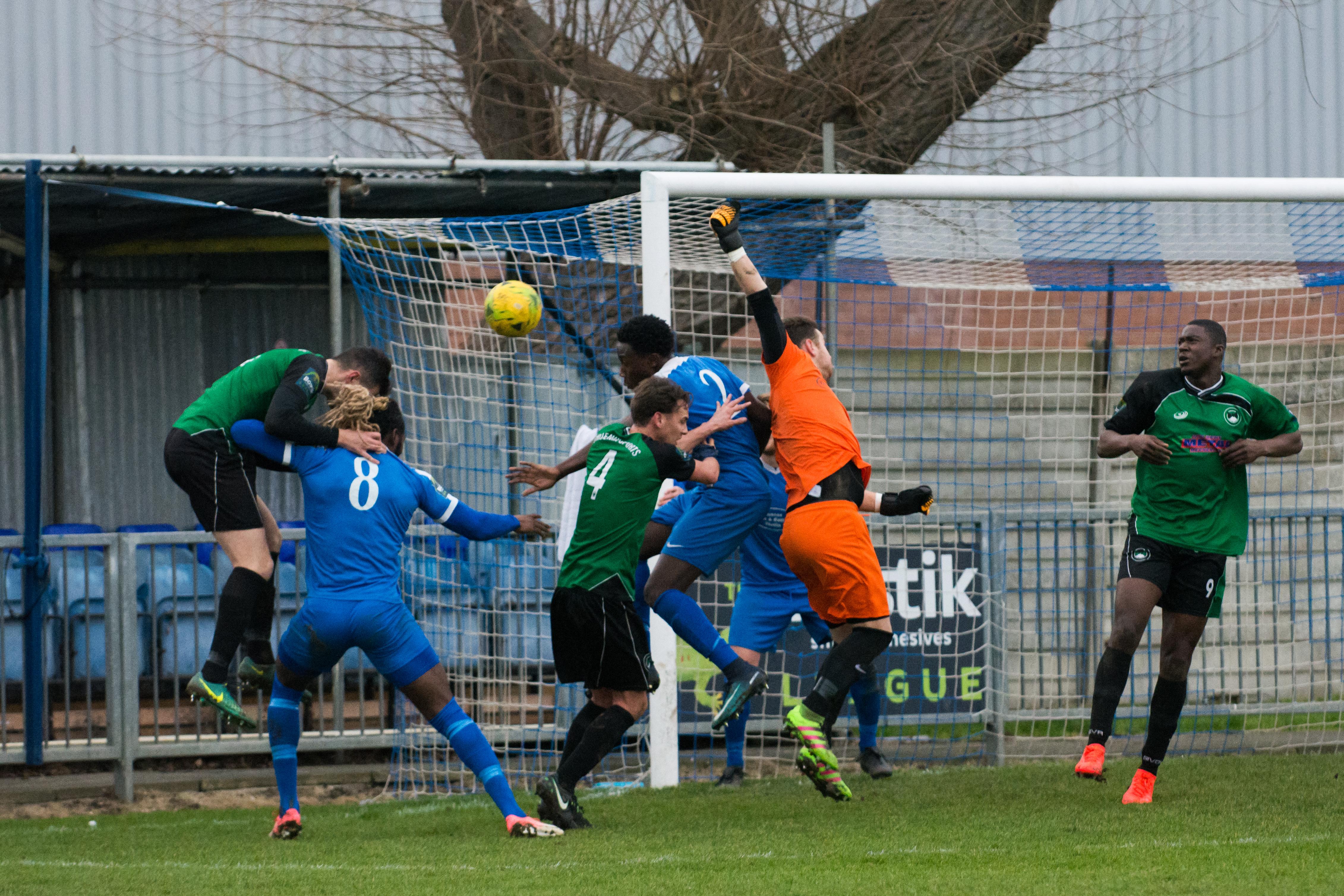Shoreham FC vs Phoenix Sports 13.01.18 33