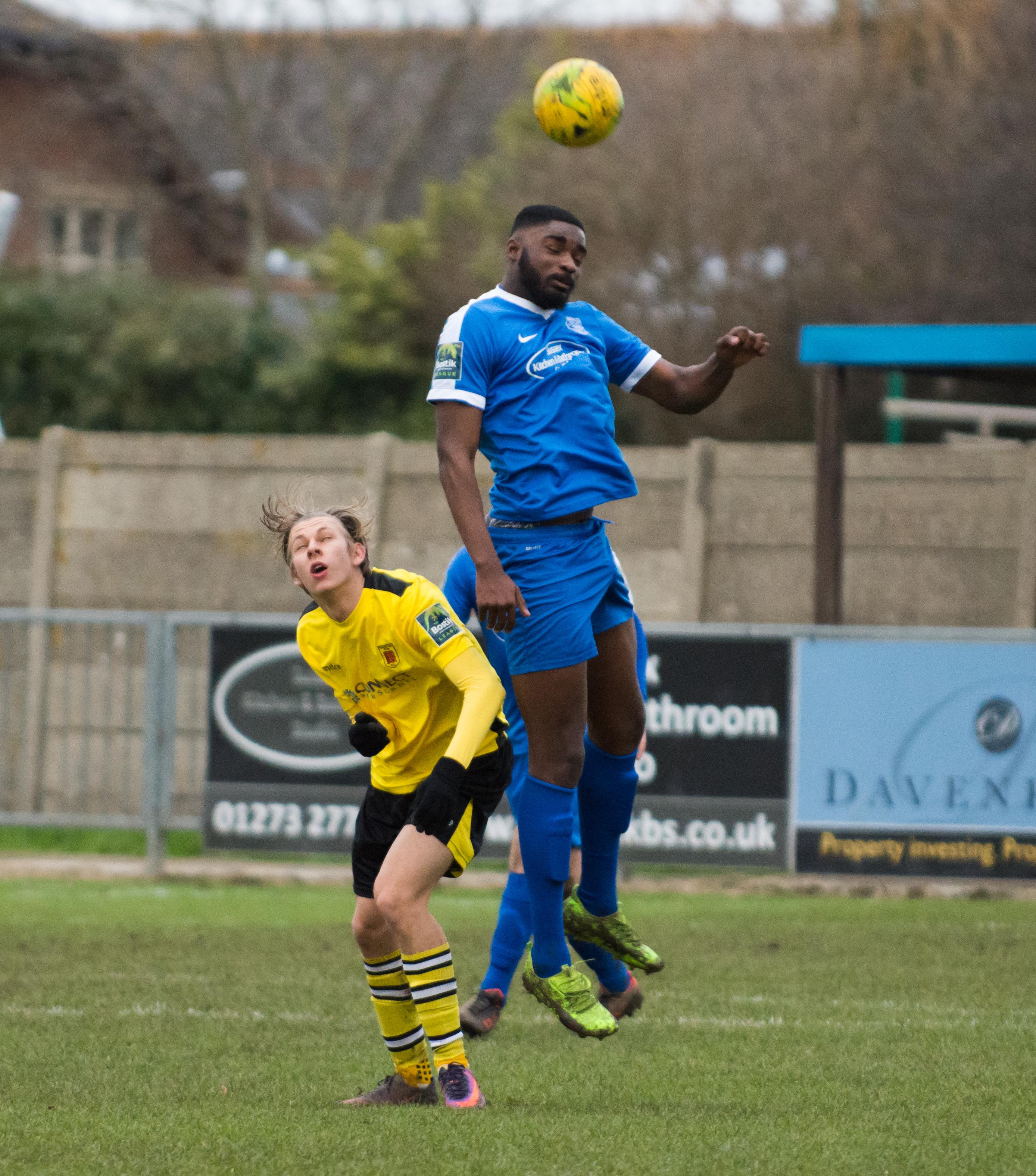 Shoreham FC vs Faversham Town 16.12.17 45