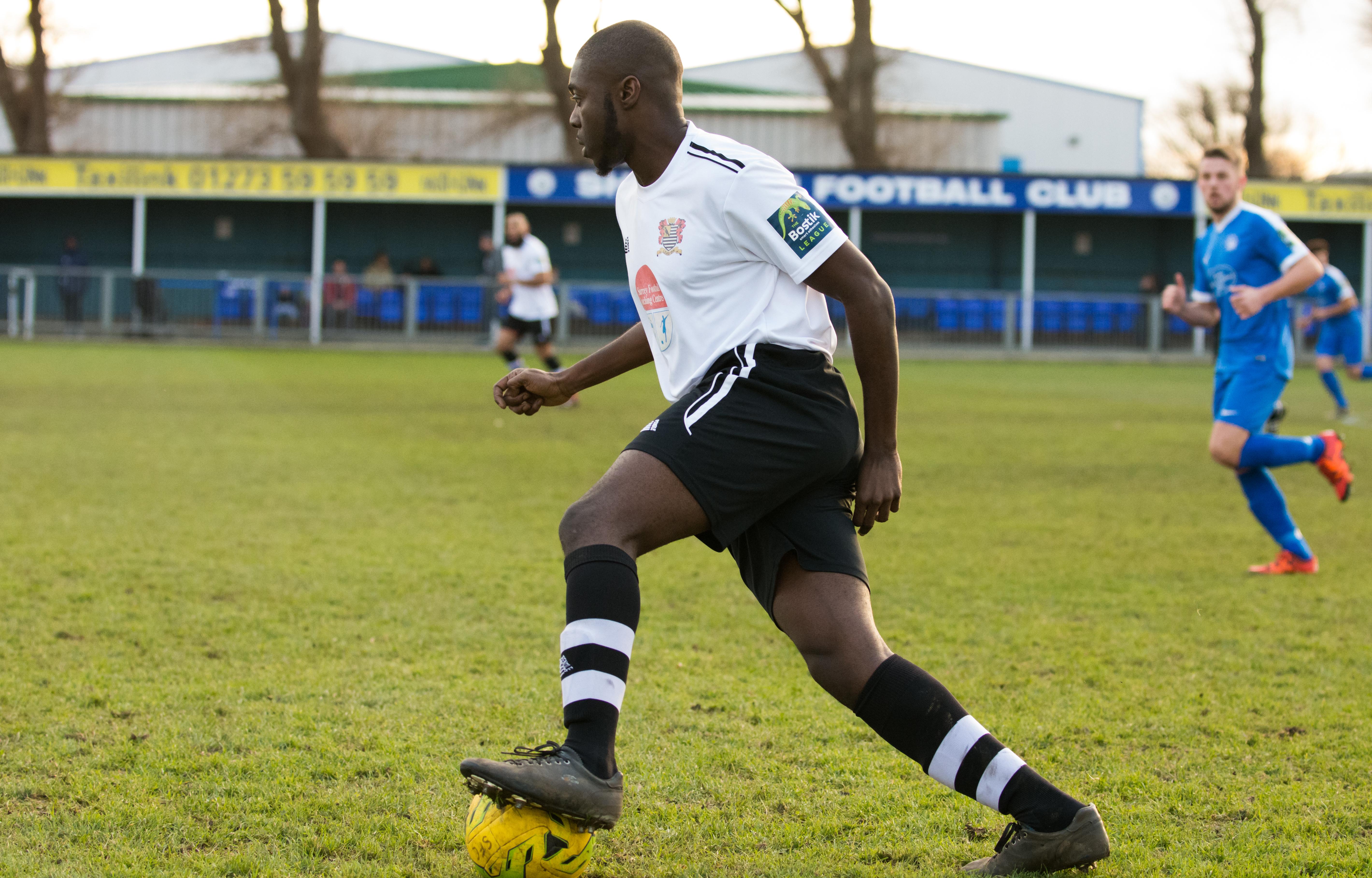Shoreham FC vs Molesey FC 02.12.17 50