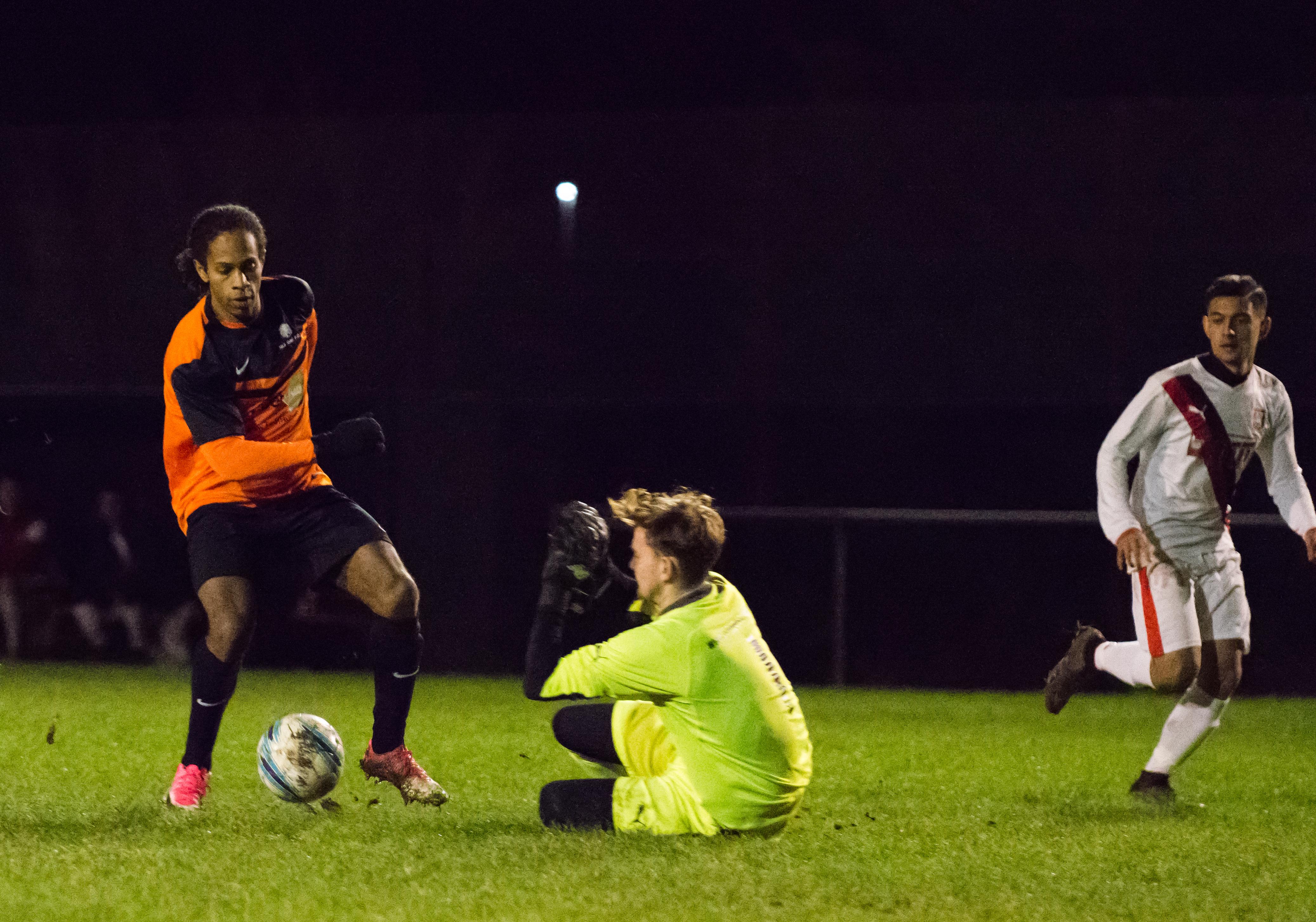 Mile Oak U21s vs Southwick FC U21s 14.12.17 03