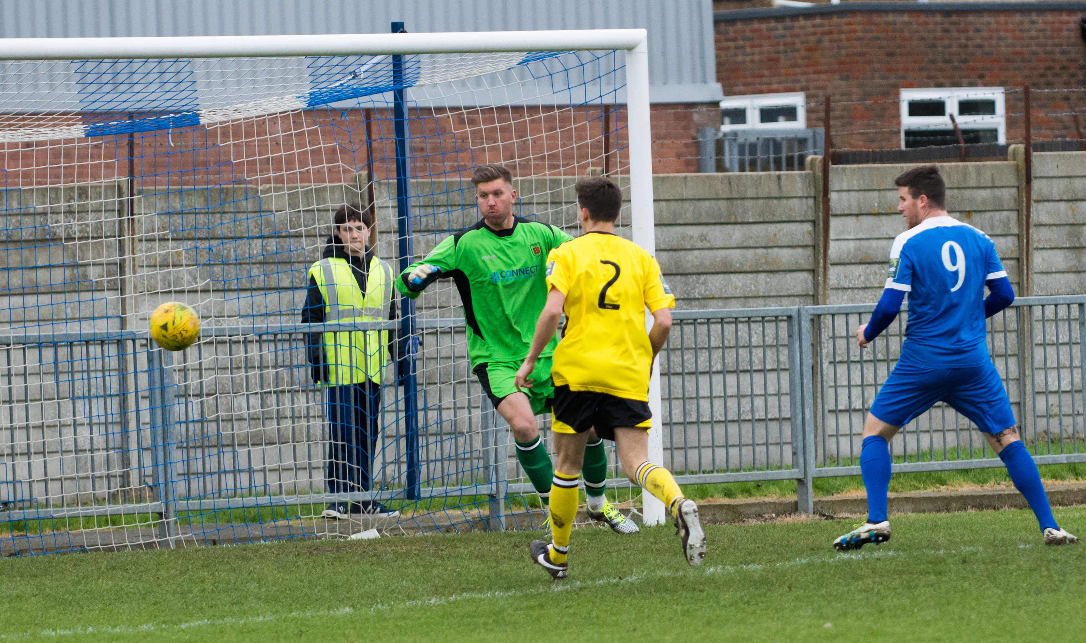 Shoreham FC vs Faversham Town 16.12.17 39
