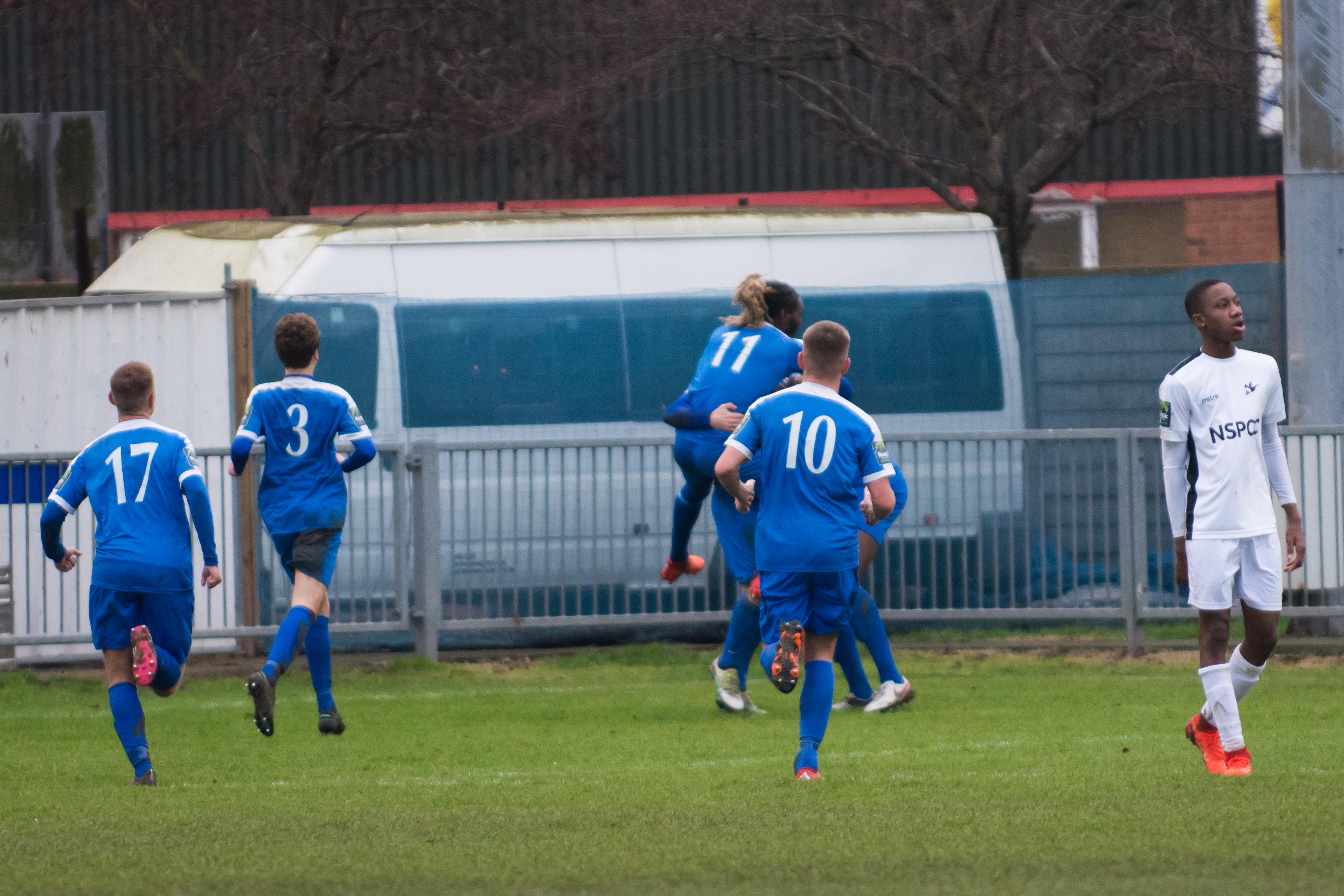 Shoreham FC vs Carshalton Ath 23.12.17 68