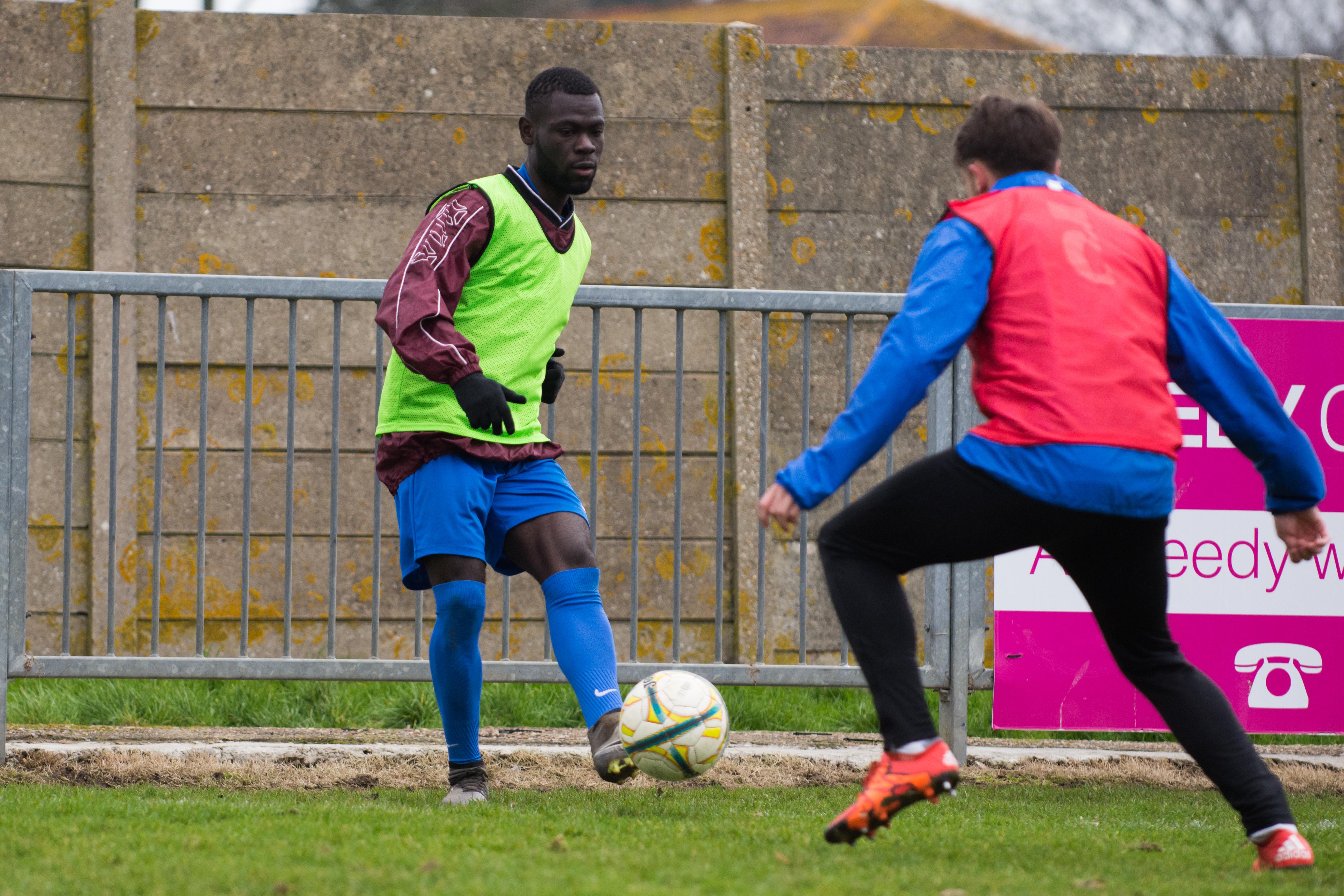 Shoreham FC vs Phoenix Sports 13.01.18 02