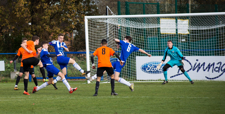 Mile Oak U18s vs Haywards Heath U18s 19.11.17 08