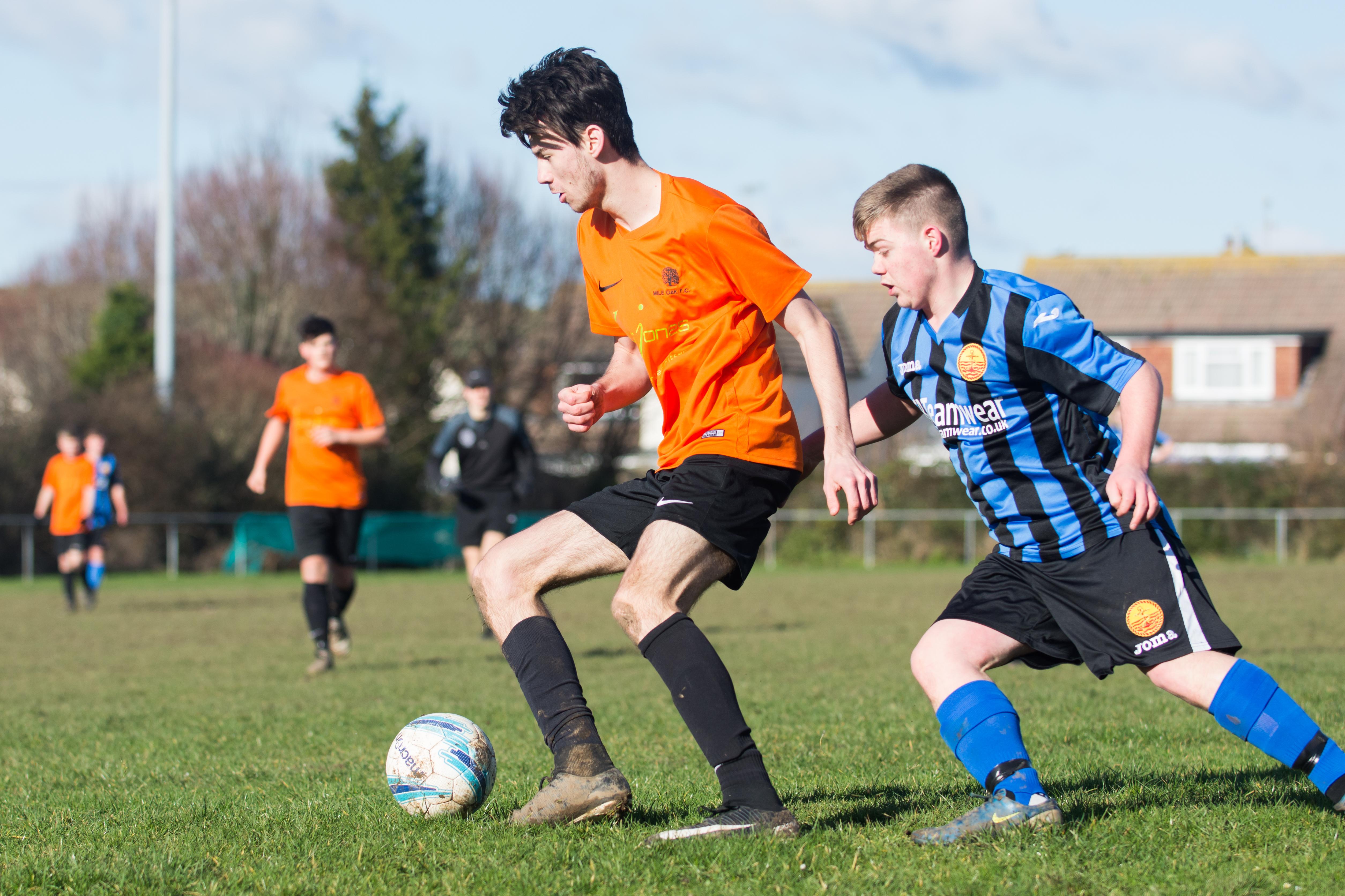 Mile Oak FC U18s vs Newhaven FC U18s 04.02.18 11