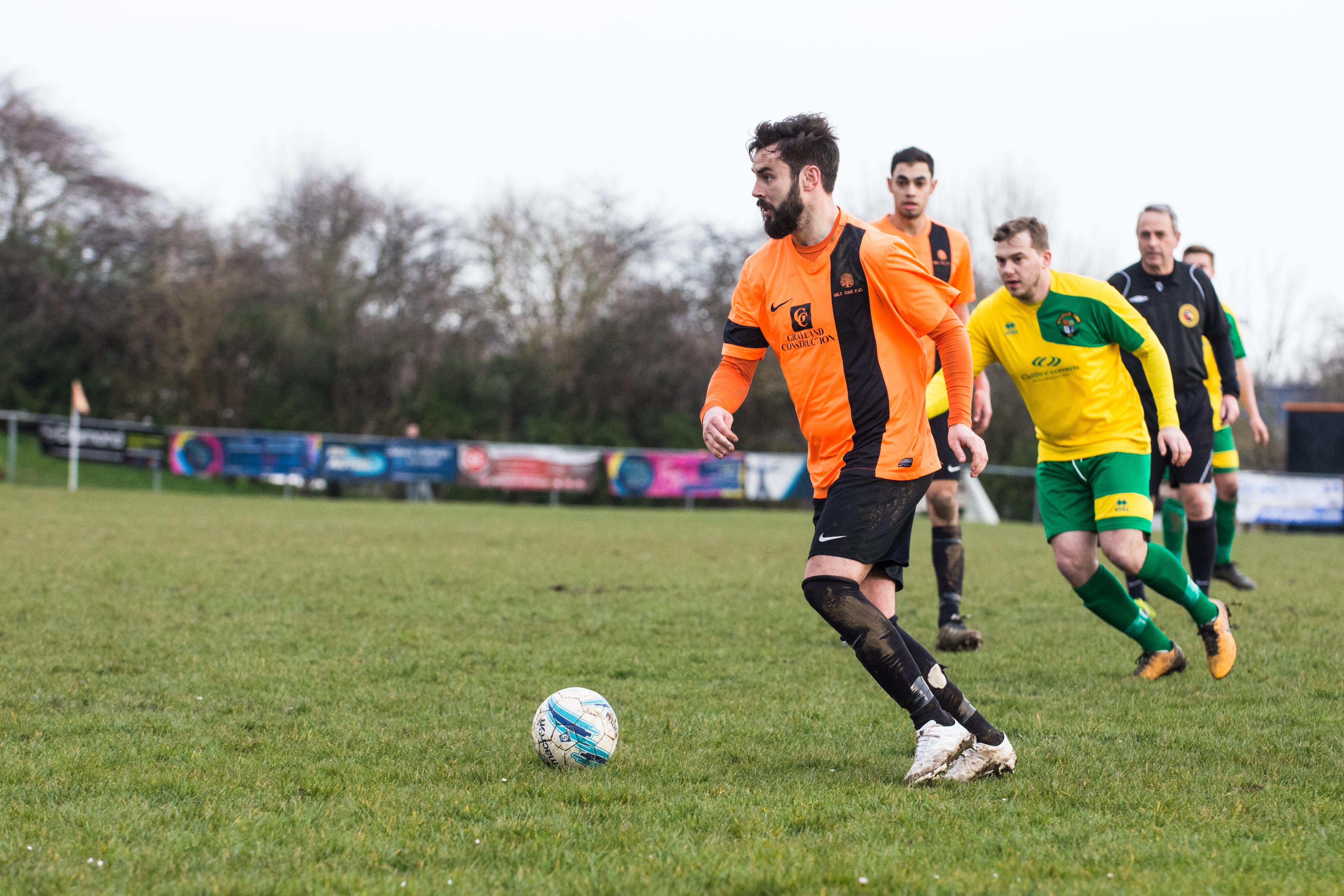 DAVID_JEFFERY Mile Oak FC vs Hailsham Town FC 24.03.18 85