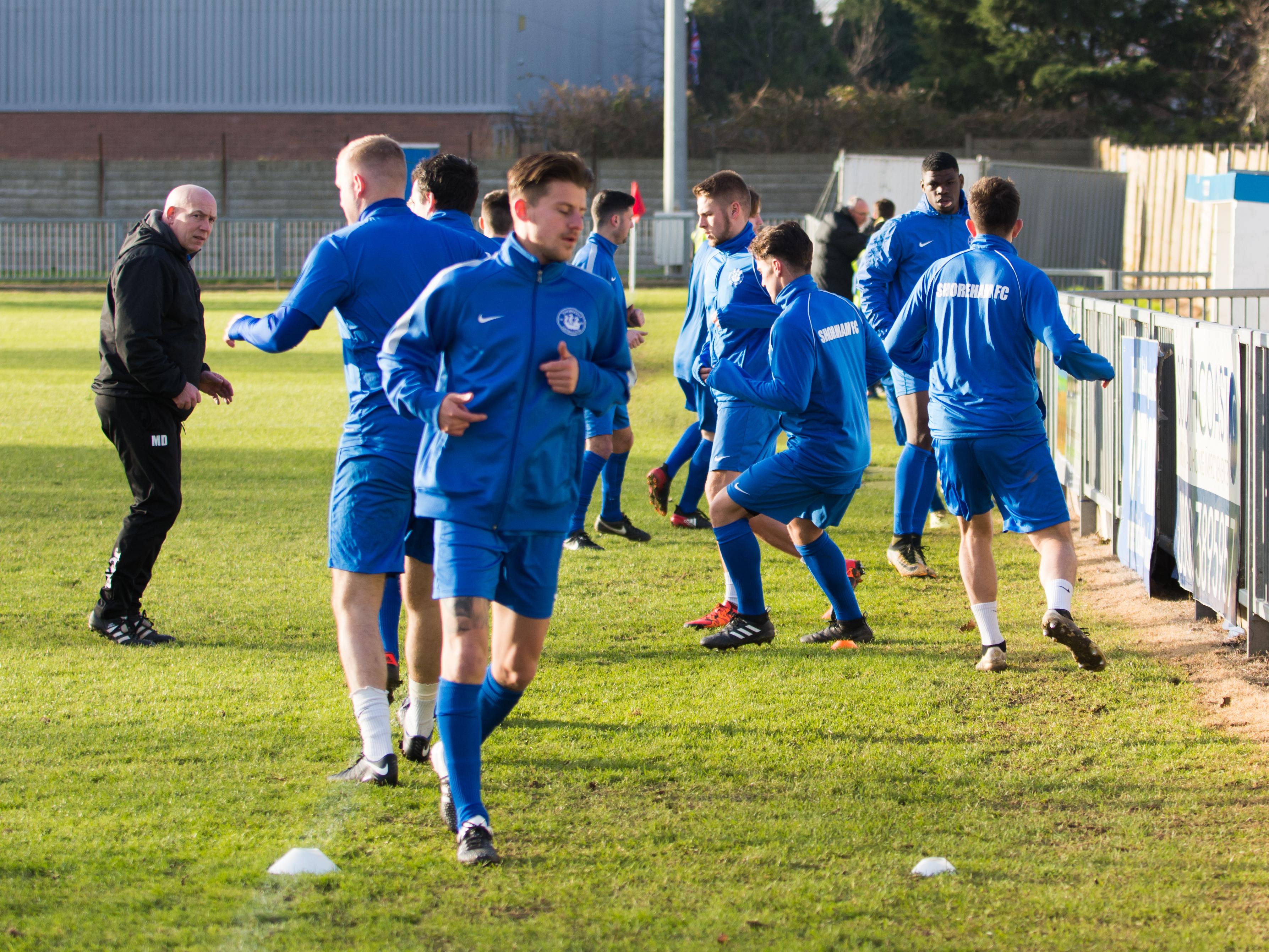 Shoreham FC vs Molesey FC 02.12.17 01