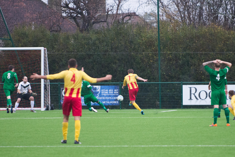 Lingfield FC vs Mile Oak FC 20.01.18 15