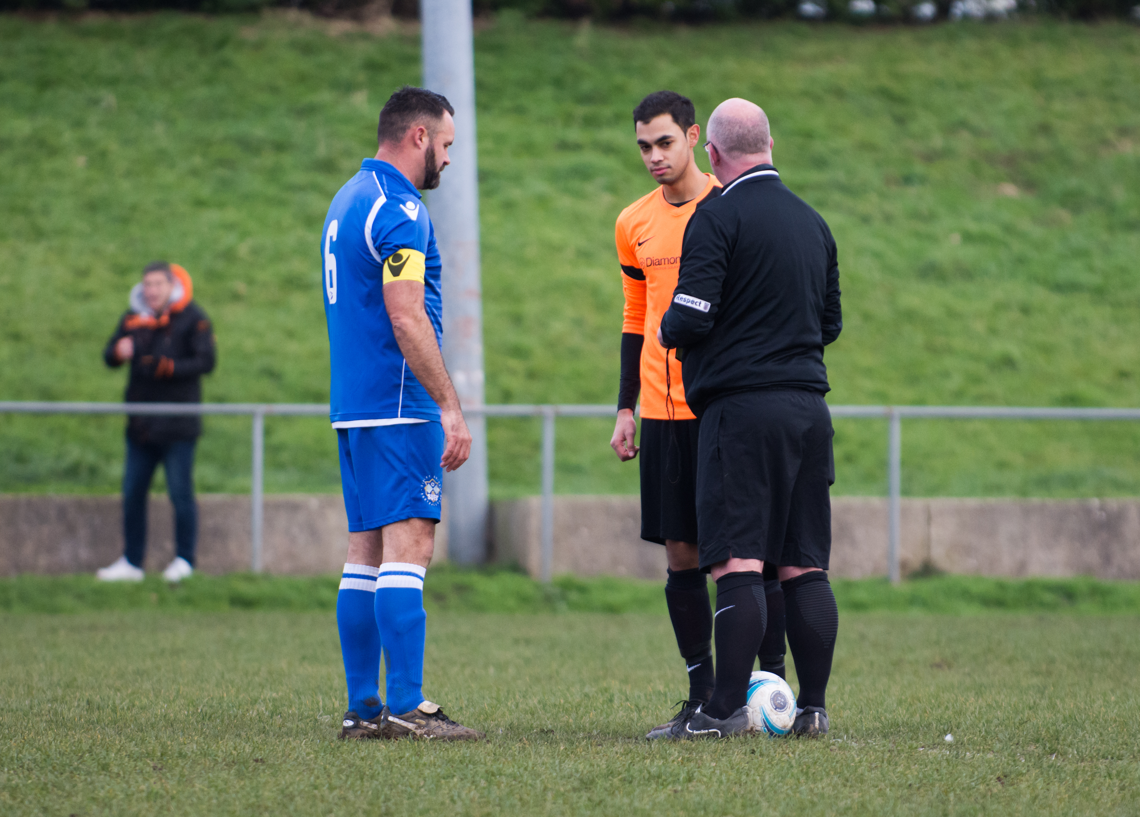 Mile Oak Res vs Sidley United 09.12.17 01